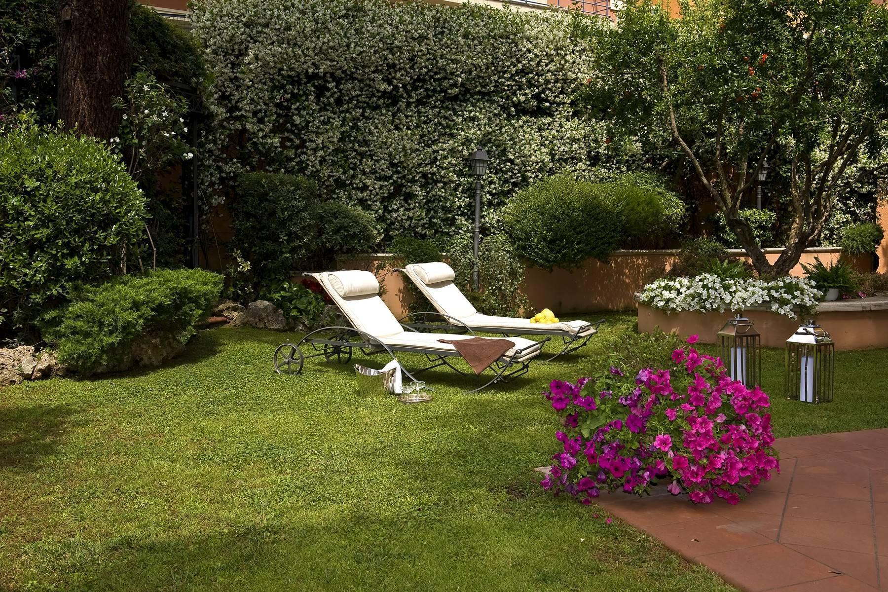 Lussuosa villa con giardino privato - 4