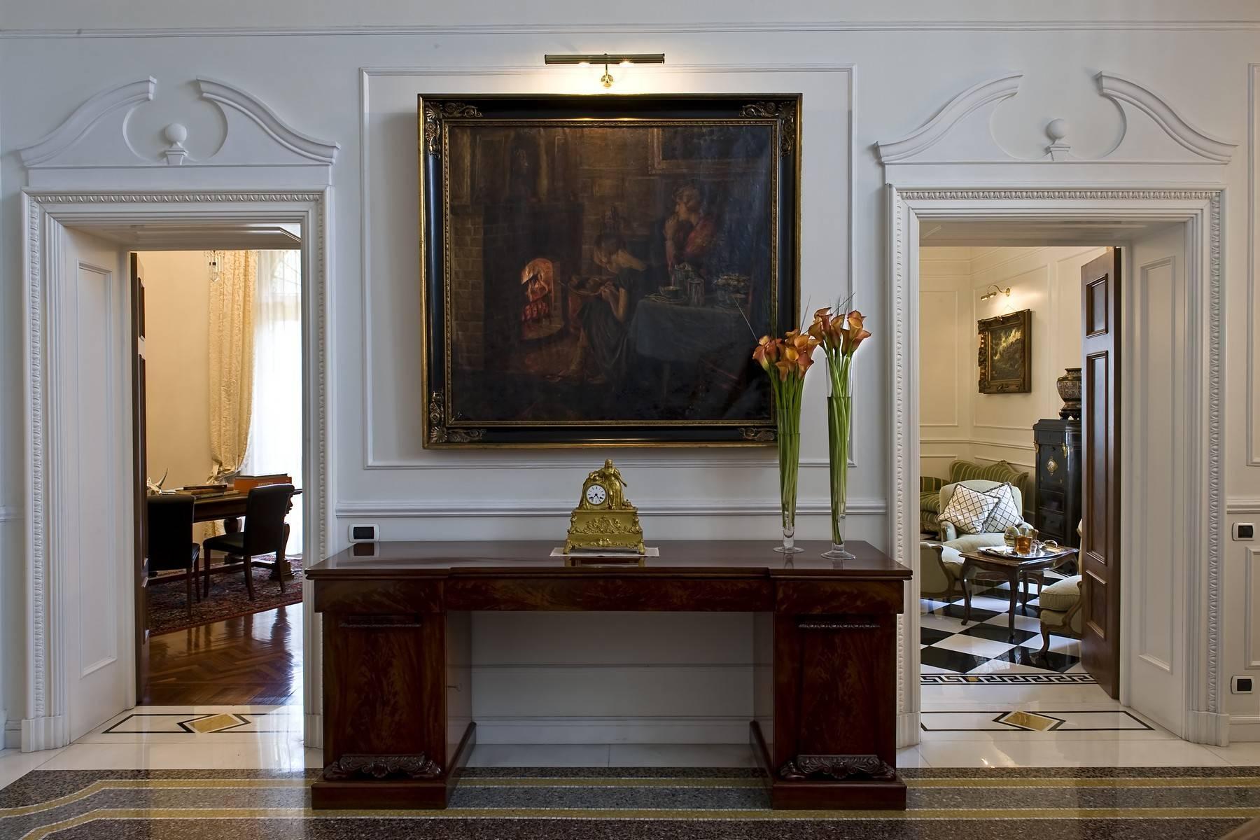 Elegante Villa mit privatem Garten - 31
