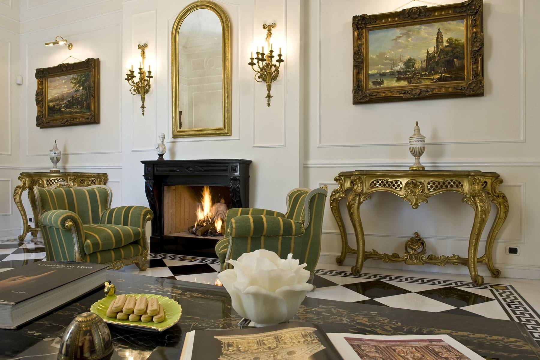 Elegante Villa mit privatem Garten - 14