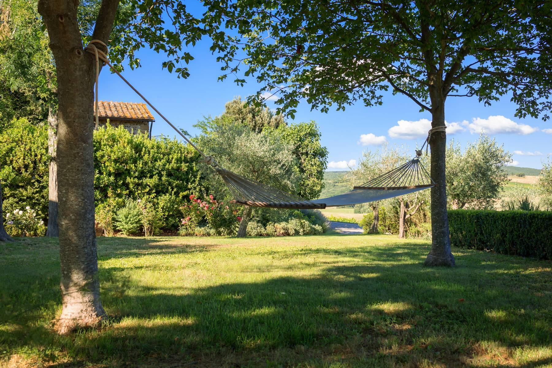 Storica fattoria nel cuore del Chianti Classico - 31
