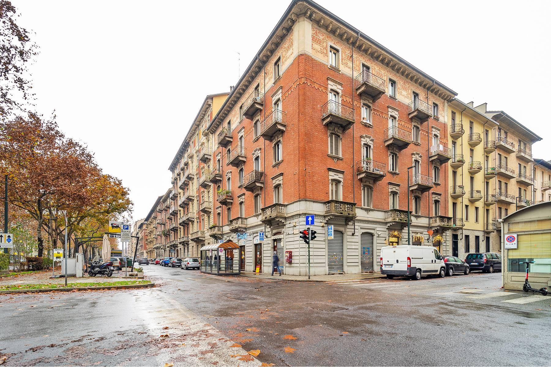 Luminoso appartamento in Crocetta - 1
