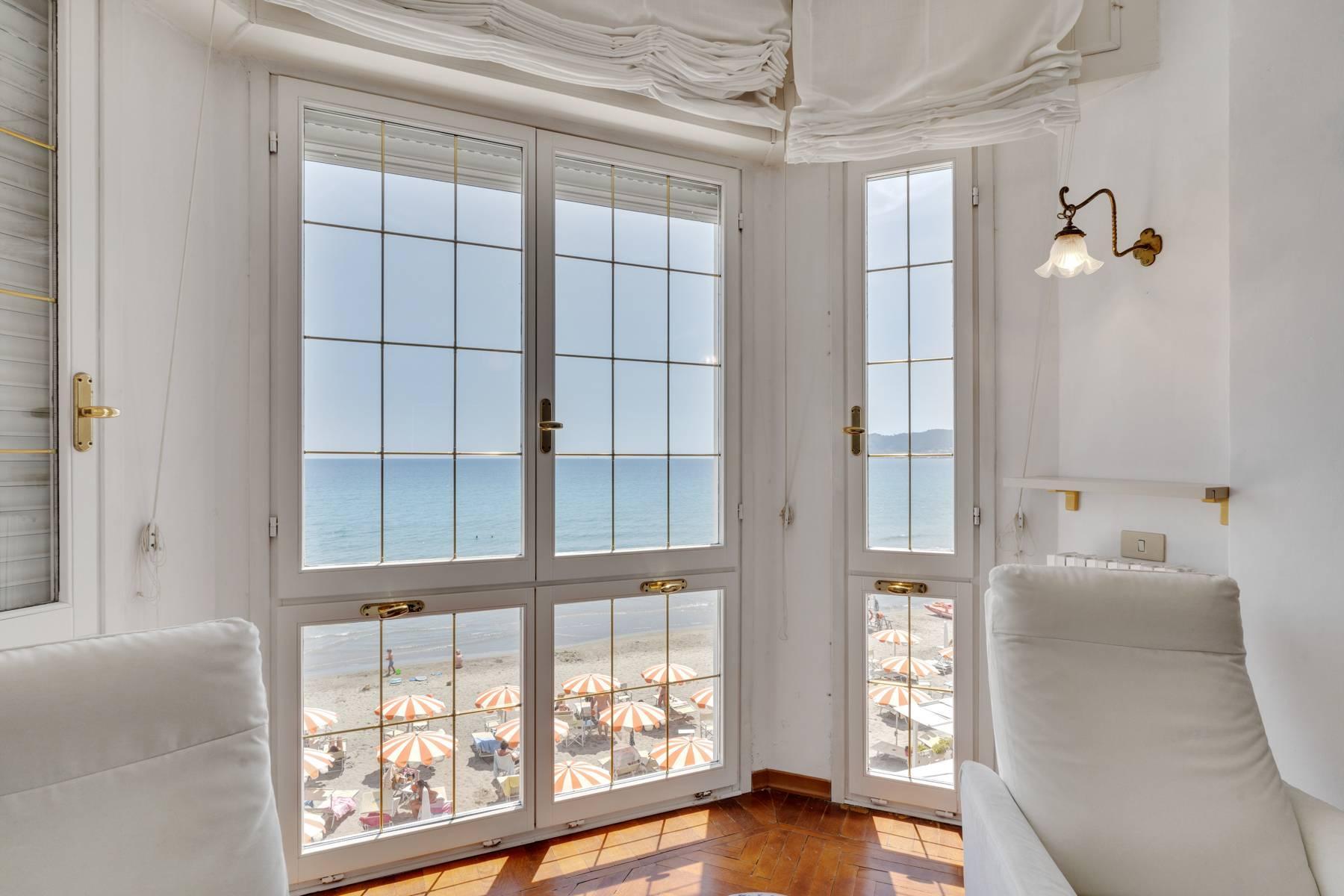 Exklusive Villa am Meer in Alassio - 13