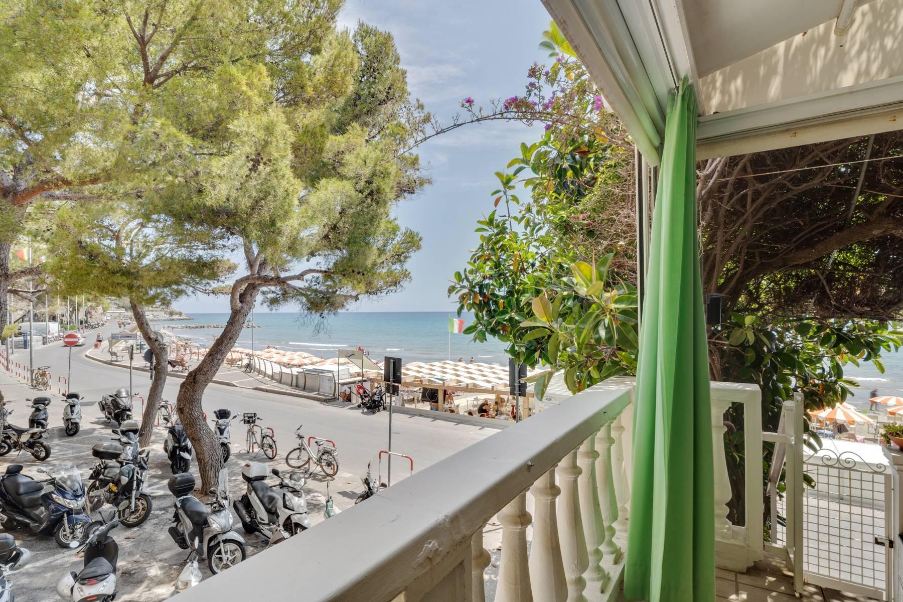 Exklusive Villa am Meer in Alassio - 8