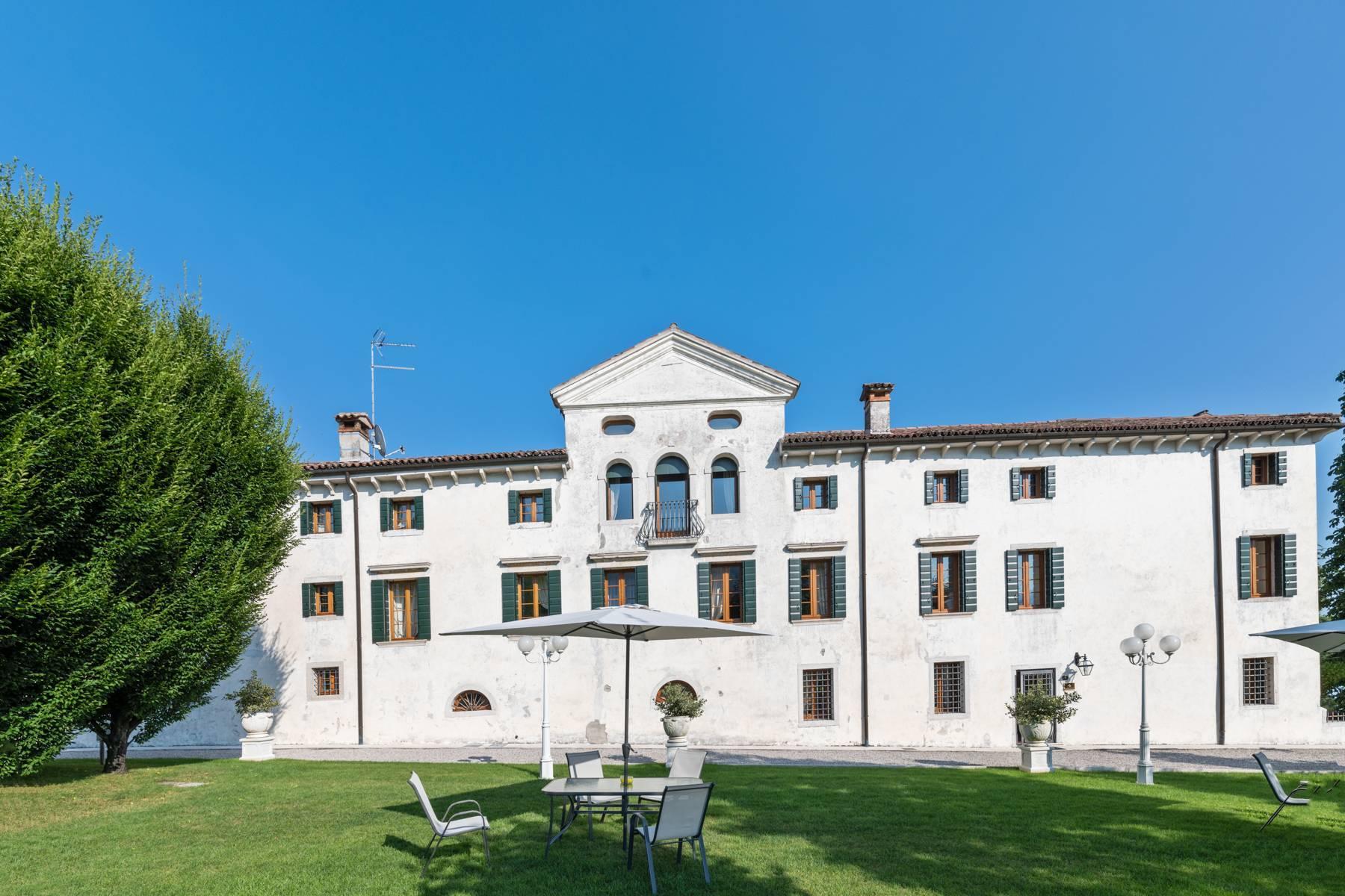 Renovierte Villa mit Park auf dem Land des Unesco-Gebiets - 2