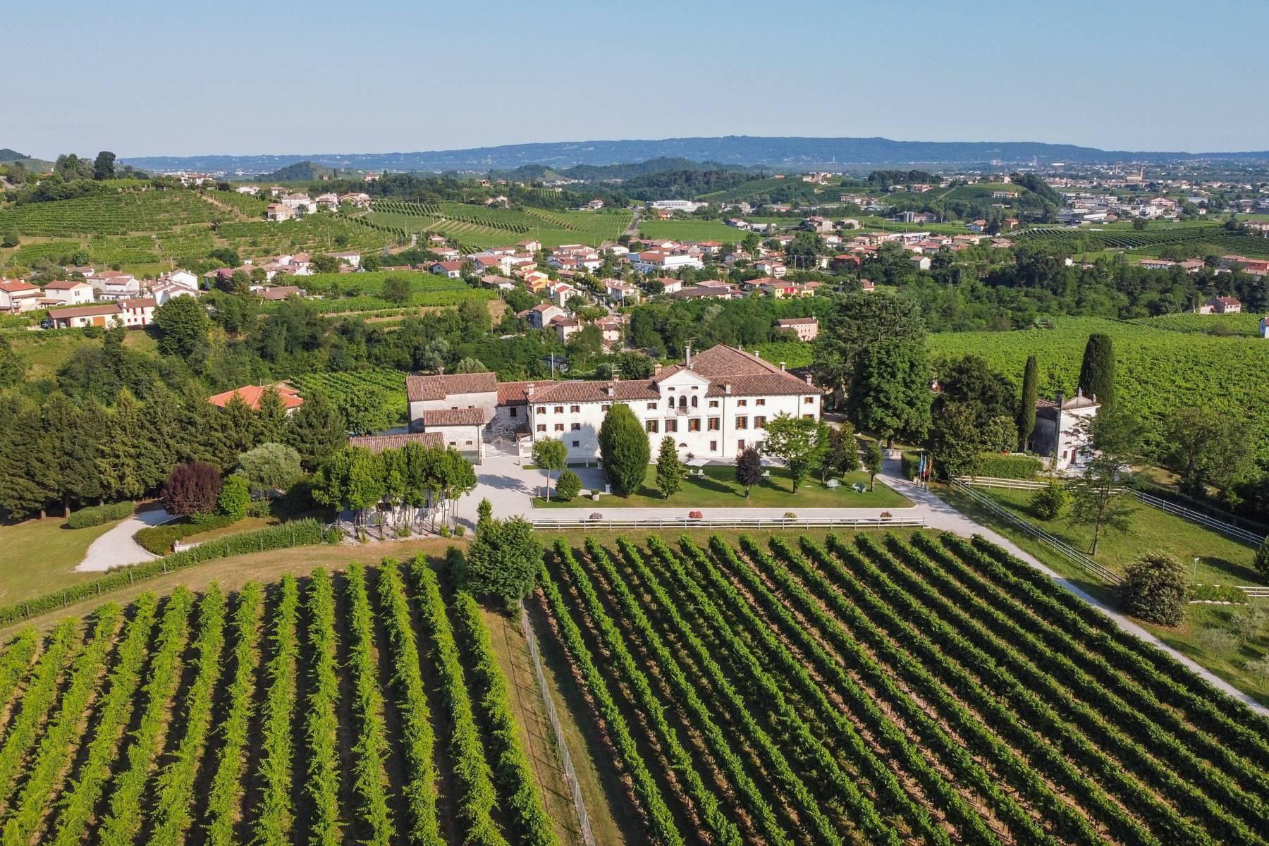 Renovierte Villa mit Park auf dem Land des Unesco-Gebiets - 1