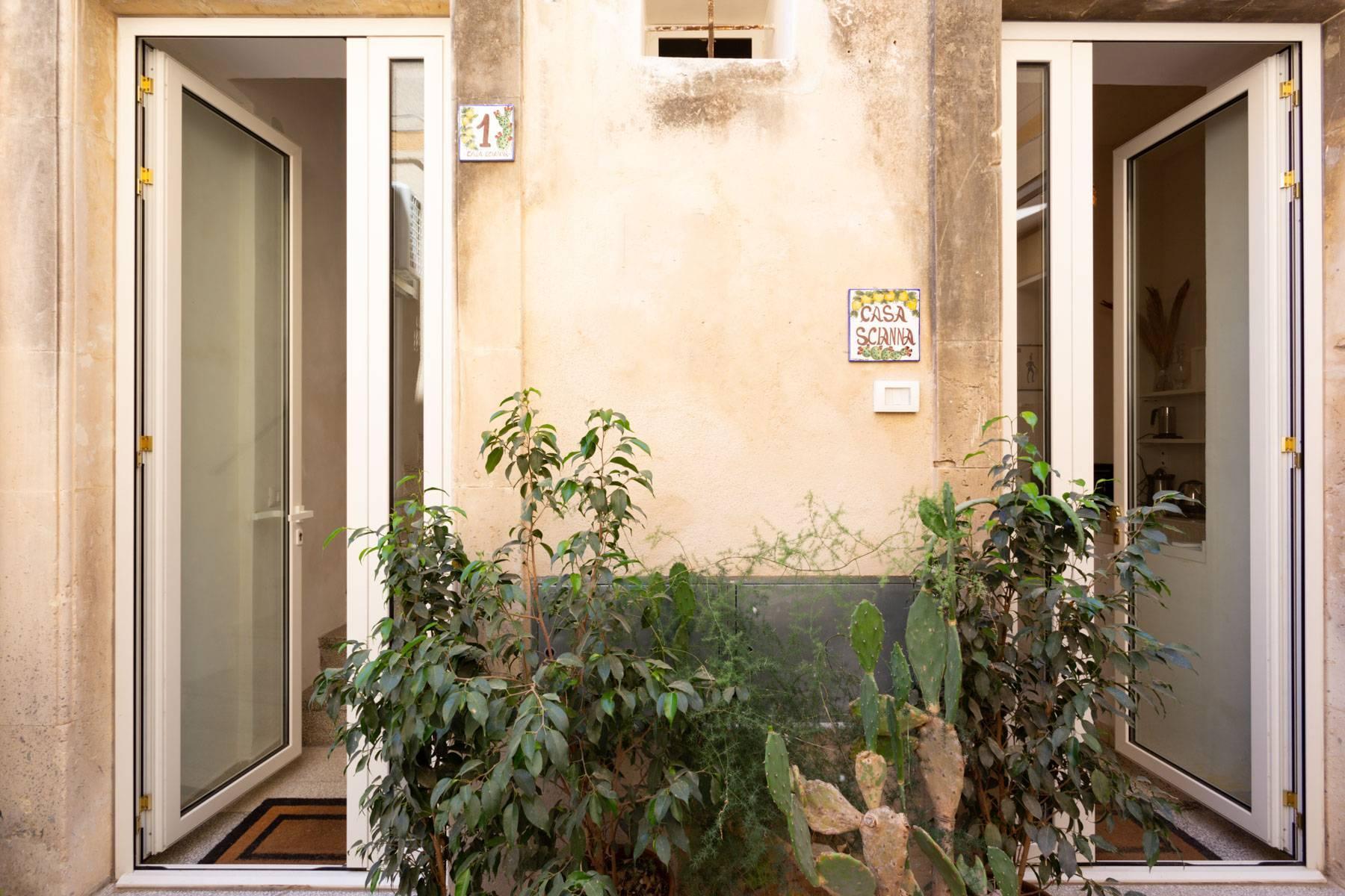 Sizilianisches Haus mit Terrasse in Noto - 4