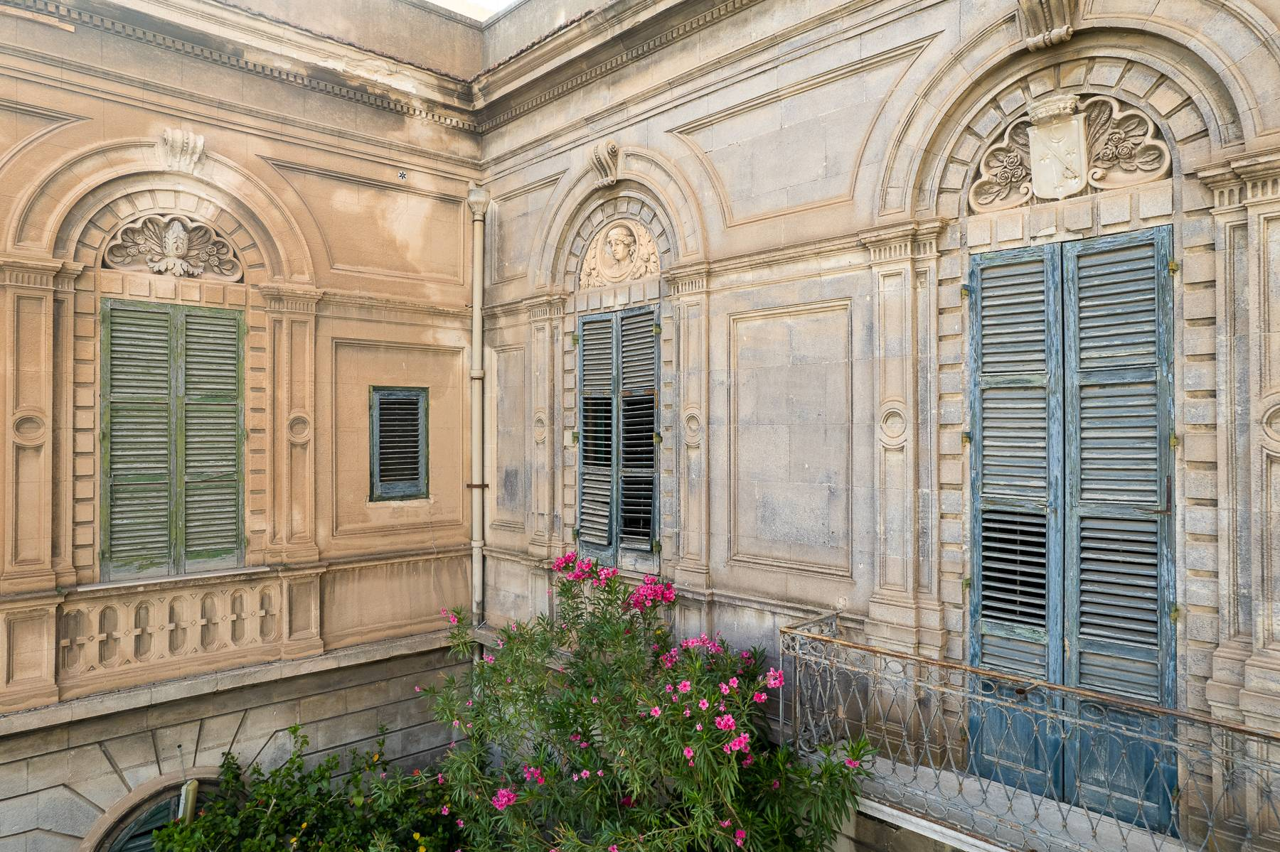 Liberty style building in the historical center of Trapani - 8