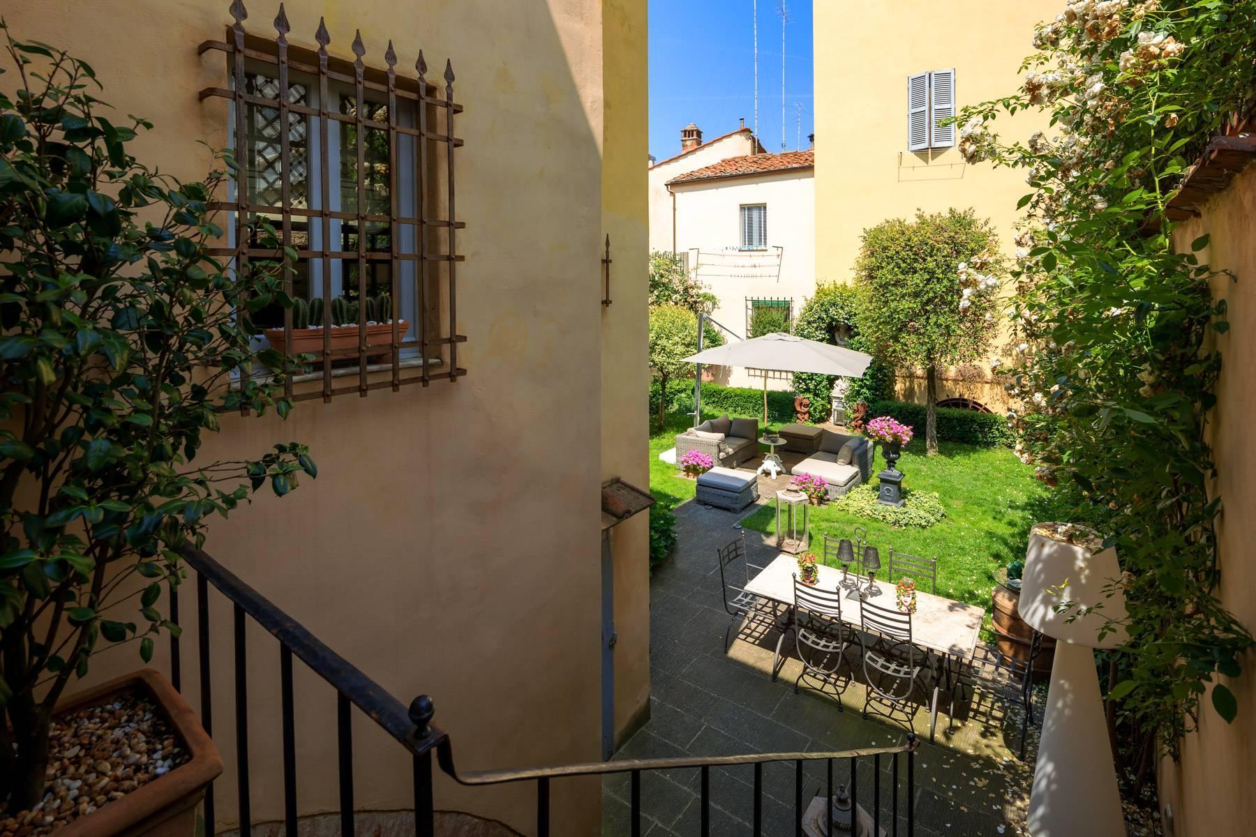 Lussuoso appartamento con giardino - 7