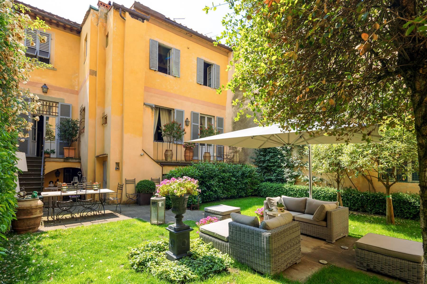 Lussuoso appartamento con giardino - 8