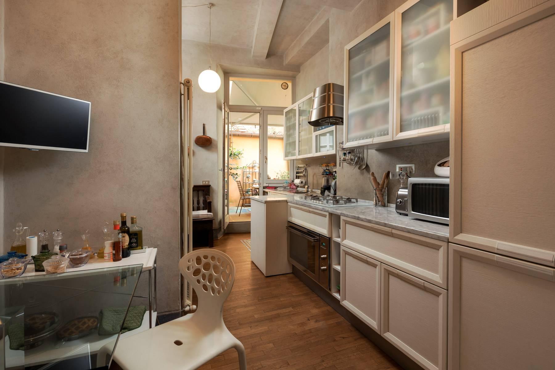 Lussuoso appartamento con giardino - 16