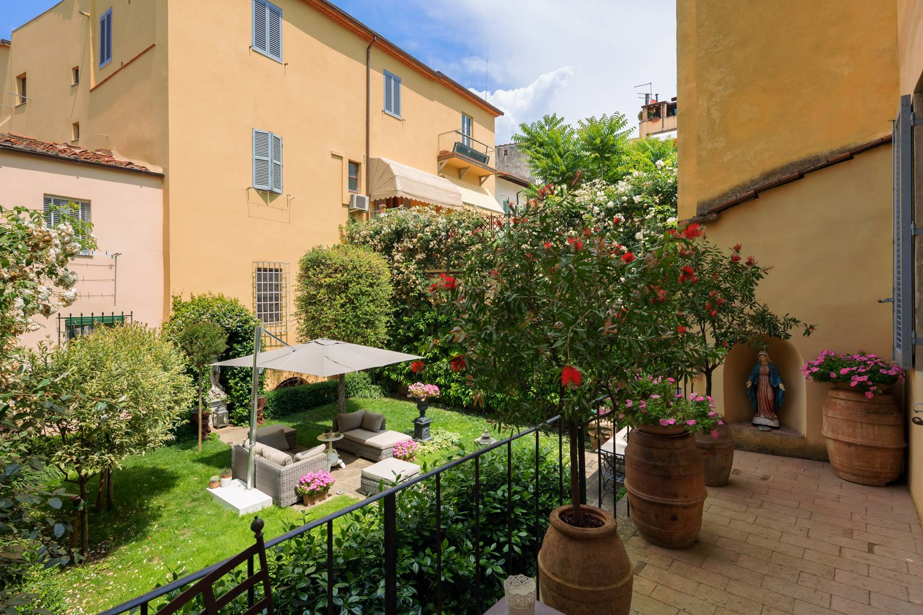 Lussuoso appartamento con giardino - 17