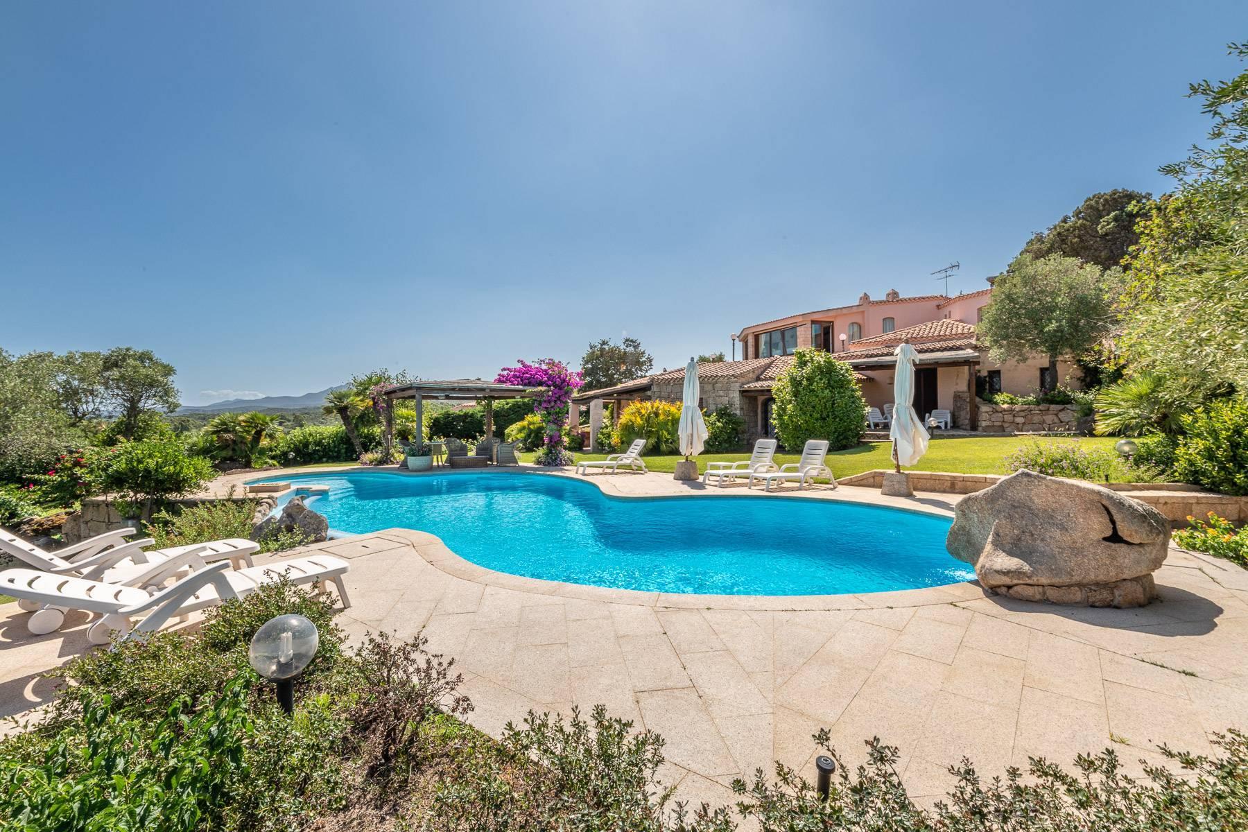 Bellissima villa indipendente con piscina a pochi passi dal Golf Club e Cala di Volpe - 8