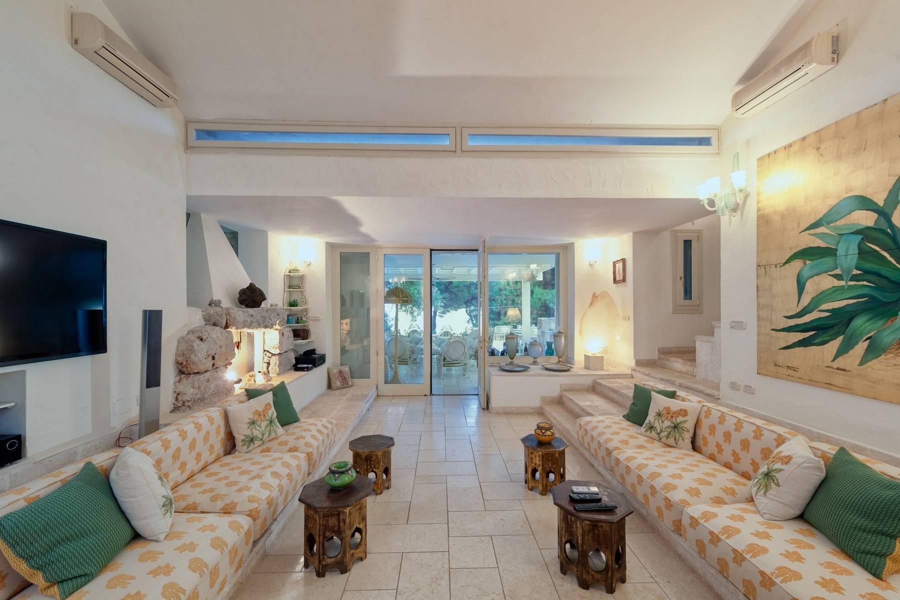 Villa in Panorama-Lage mit wunderschönem Blick auf den Meer - 7