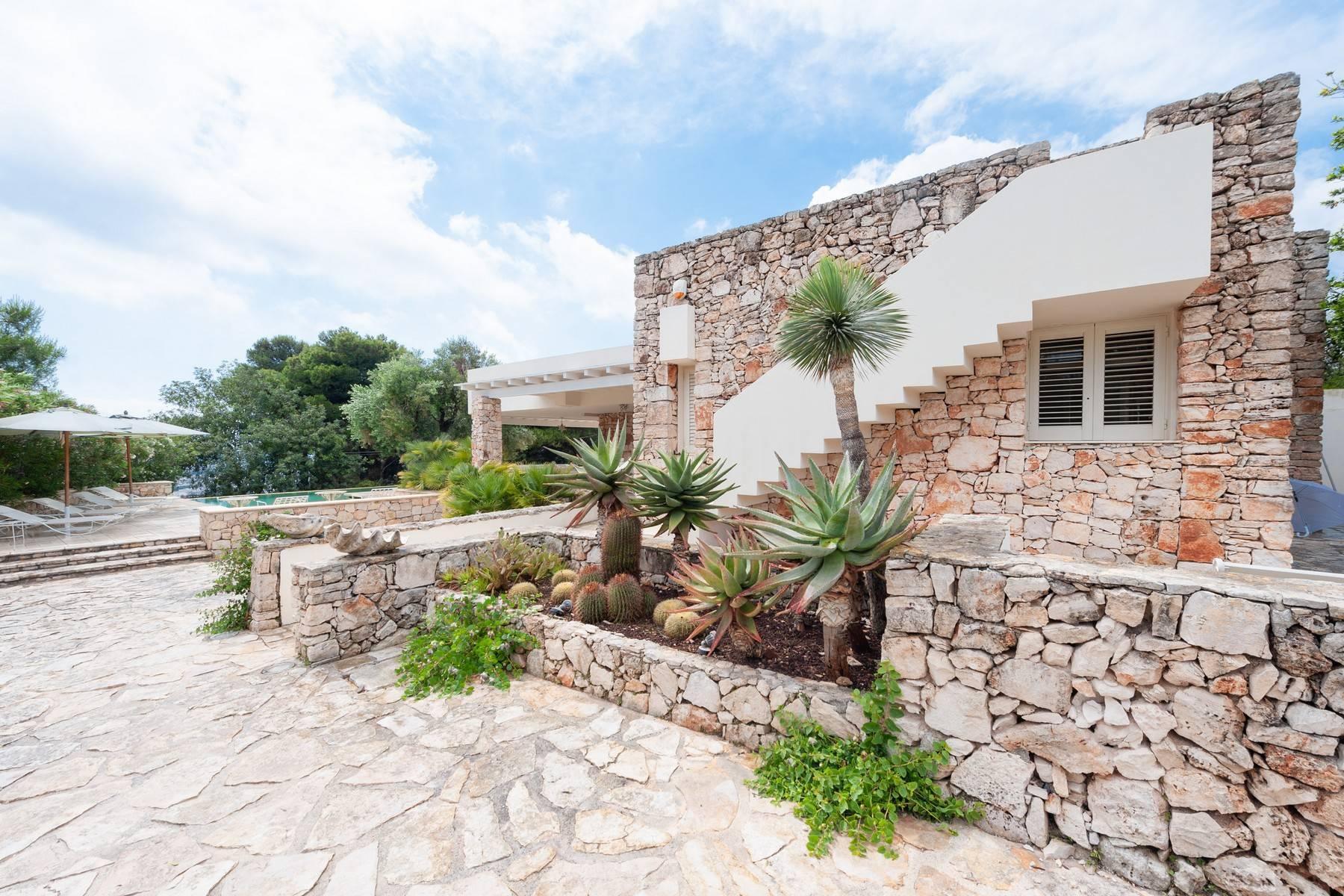 Villa in Panorama-Lage mit wunderschönem Blick auf den Meer - 13
