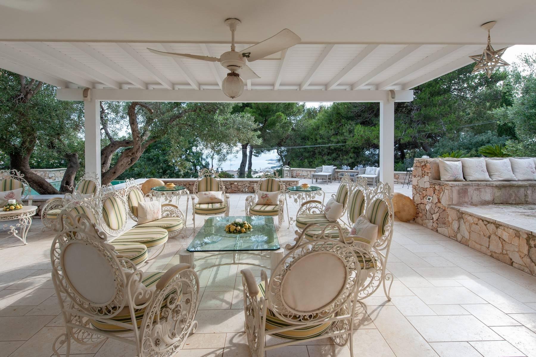 Villa in Panorama-Lage mit wunderschönem Blick auf den Meer - 16