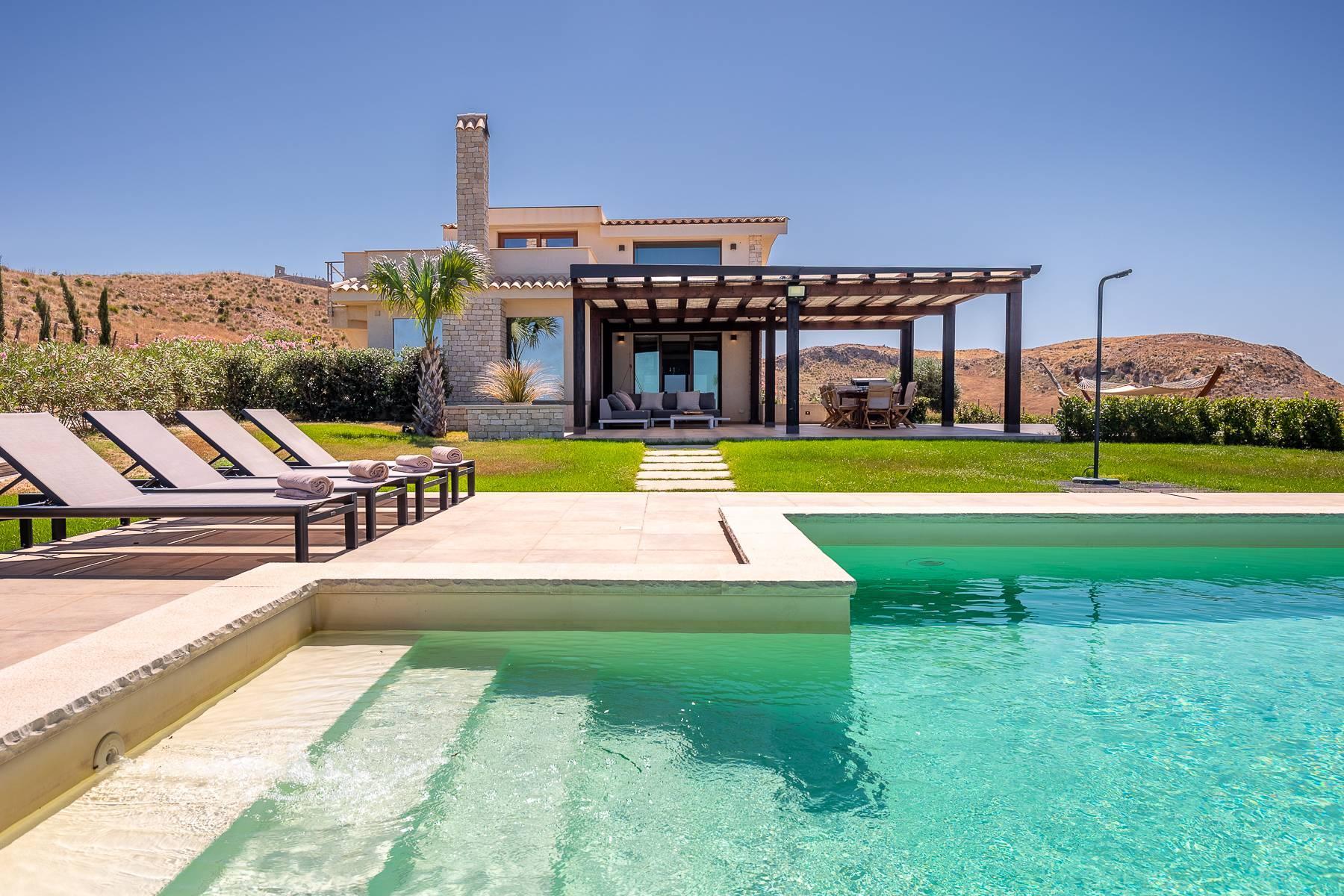 Villa esclusiva con panorama suggestivo sul mare Mediterraneo - 1