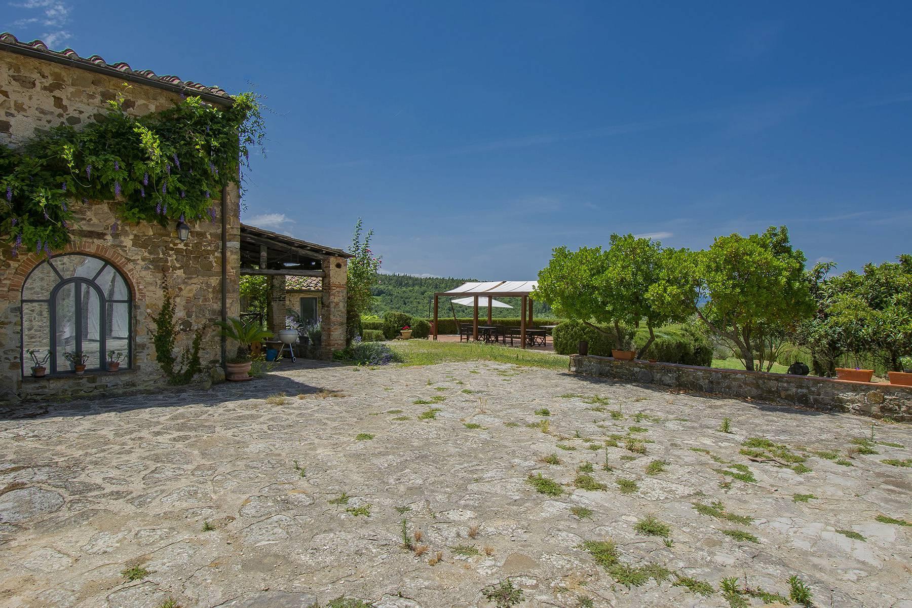 Panorama-Bauernhaus mit Bio-Chianti-Ölproduktion - 25