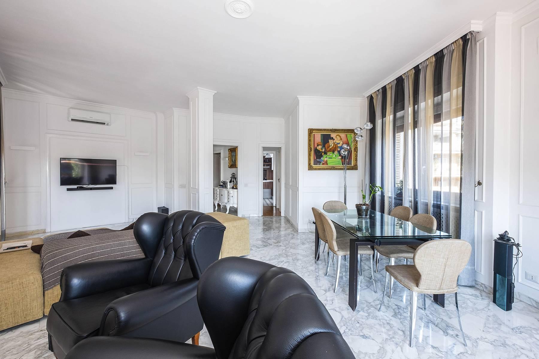 Elegante Wohnung mit großer Terrasse - 7