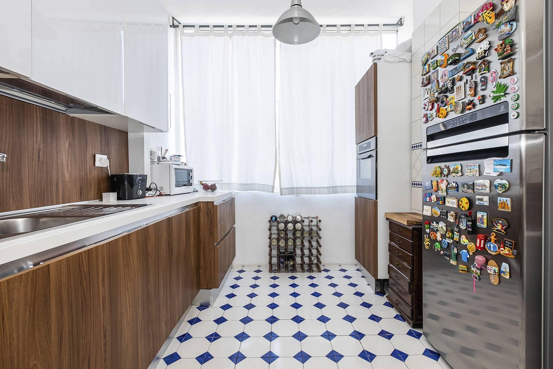 Elegante Wohnung mit großer Terrasse - 17