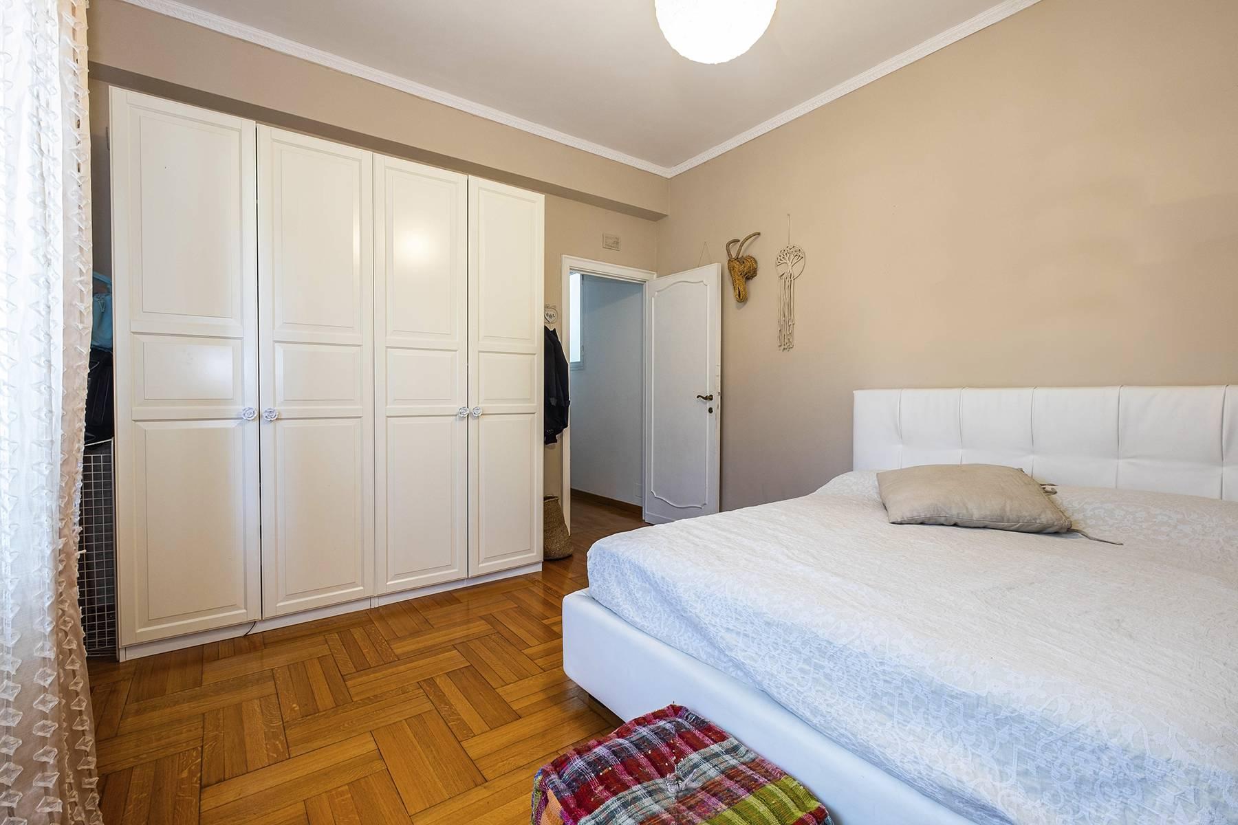 Elegante Wohnung mit großer Terrasse - 12