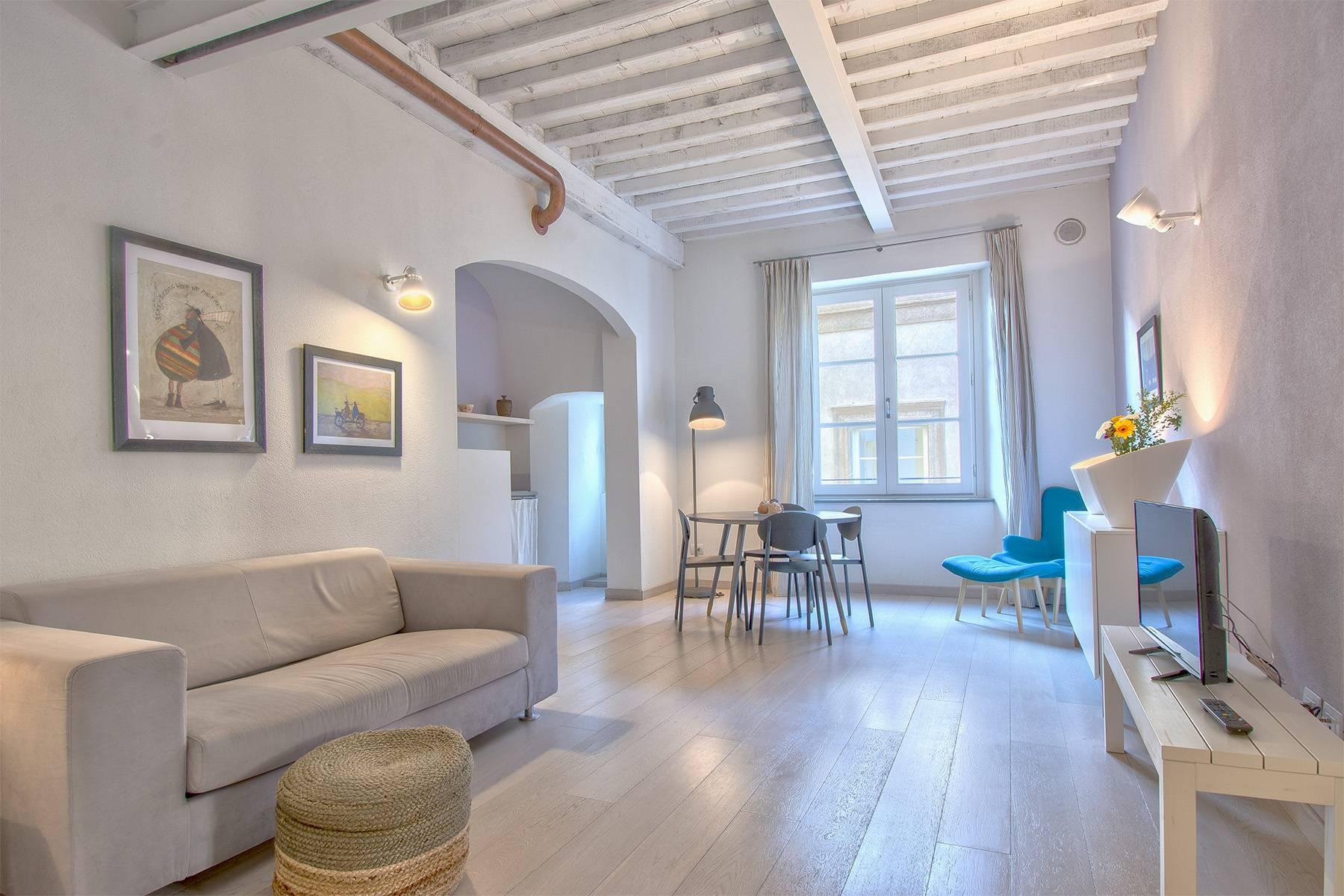 Appartamento in palazzo storico a Lucca - 1