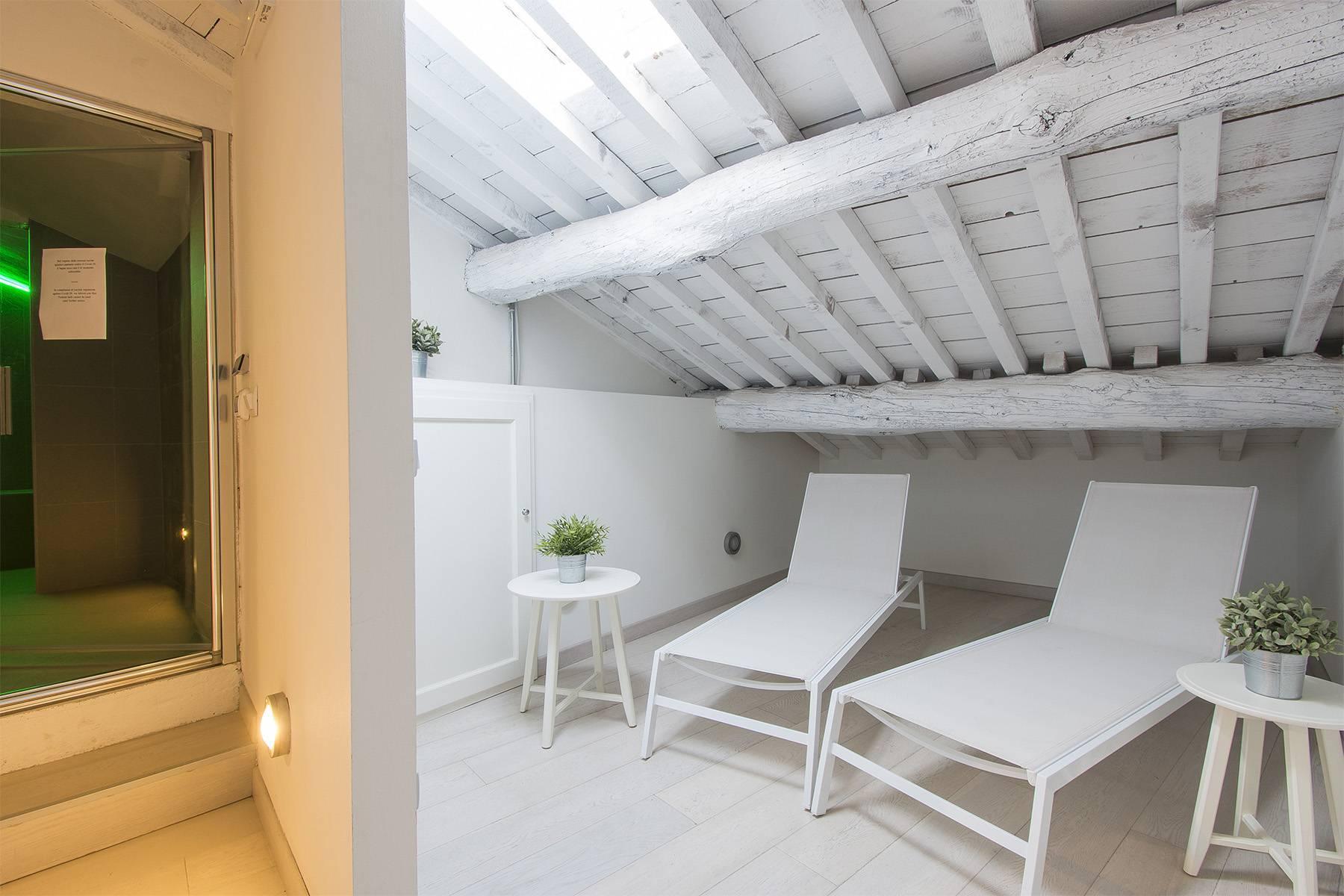 Appartamento in palazzo storico a Lucca - 12