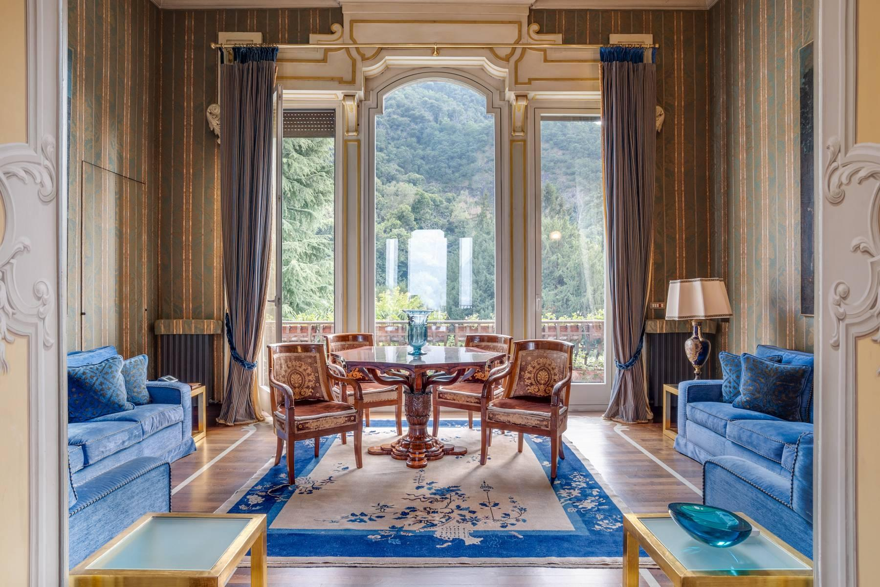 Fascinating apartment in an exclusive villa of the early 1900s - 14