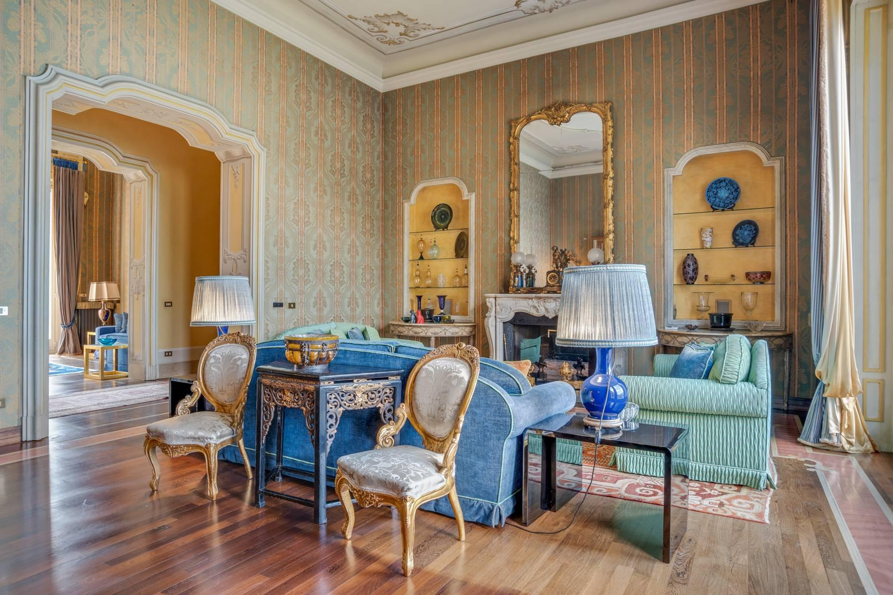 Fascinating apartment in an exclusive villa of the early 1900s - 16