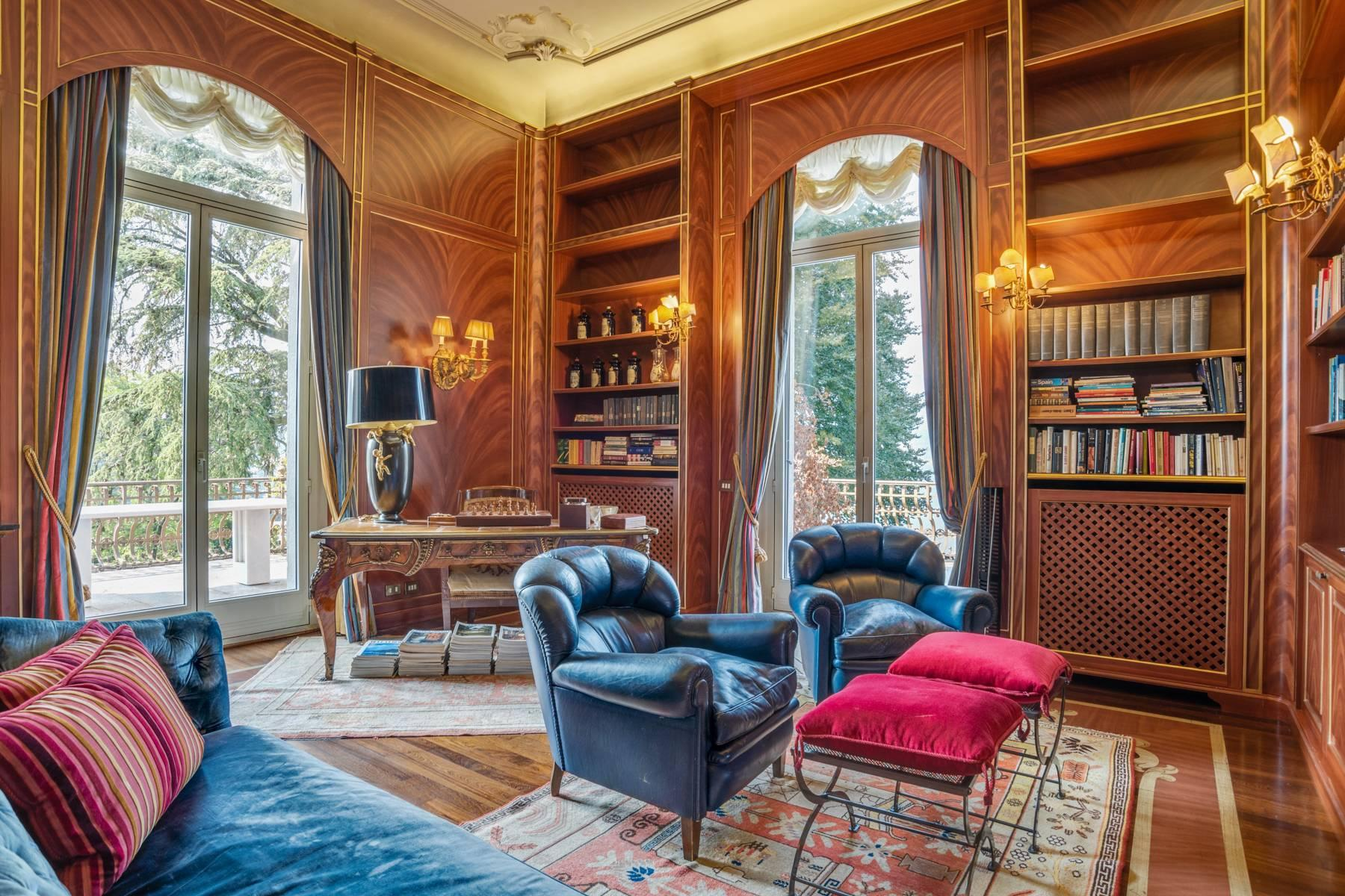 Fascinating apartment in an exclusive villa of the early 1900s - 24