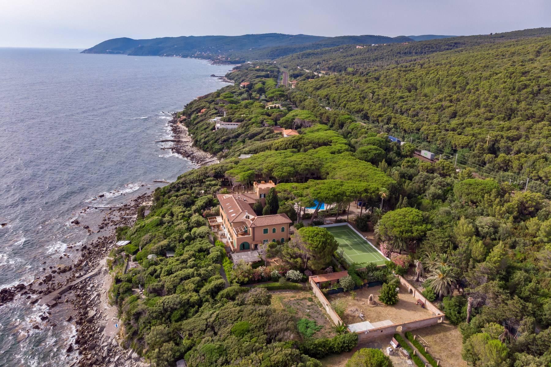 Appartamento con giardino privato ed accesso al mare in villa storica - 2