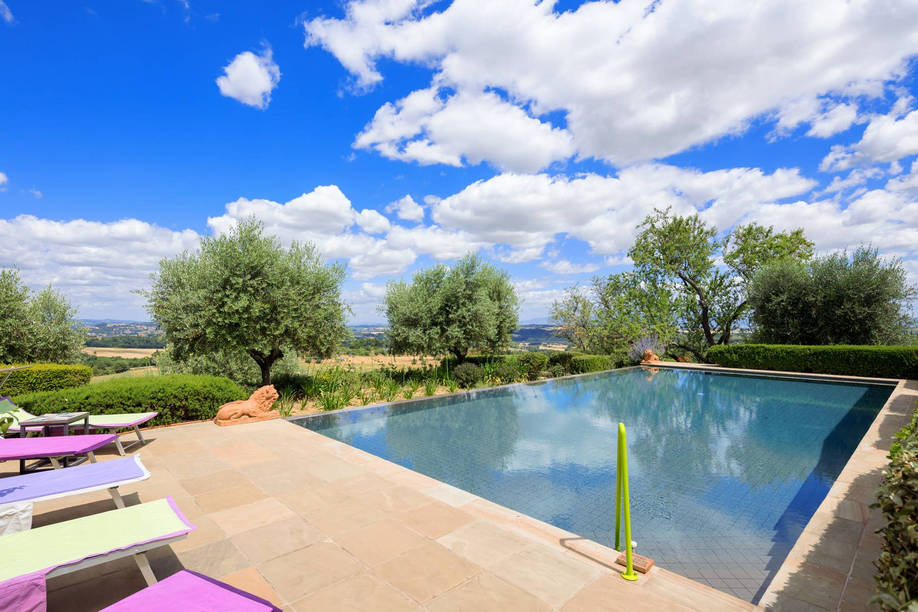 Luxury and green country house in Città della Pieve - 3