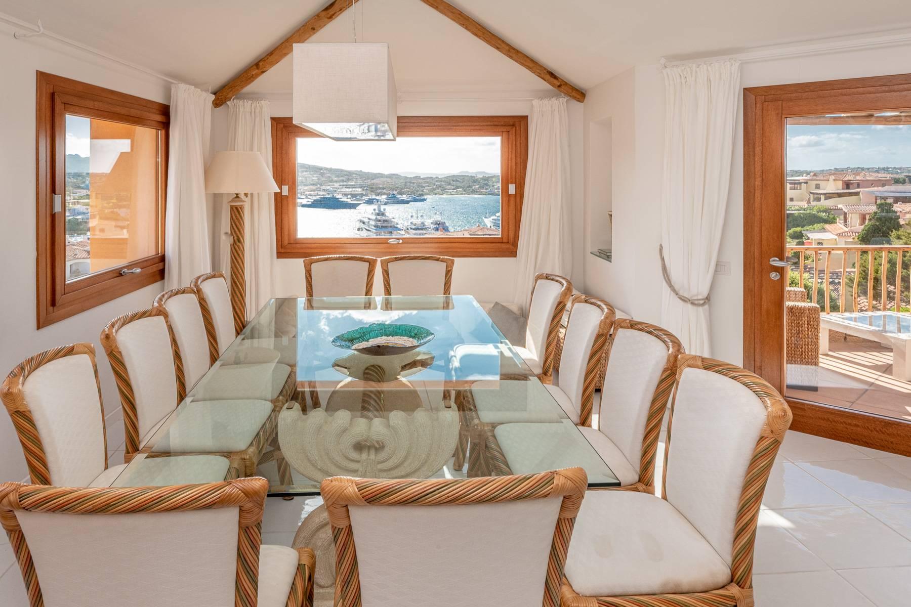 Importante villa indipendente con un impareggiabile panorama, nel cuore di Porto Cervo. - 5