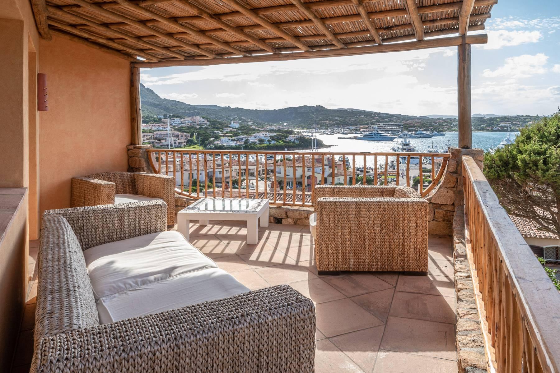 Importante villa indipendente con un impareggiabile panorama, nel cuore di Porto Cervo. - 6