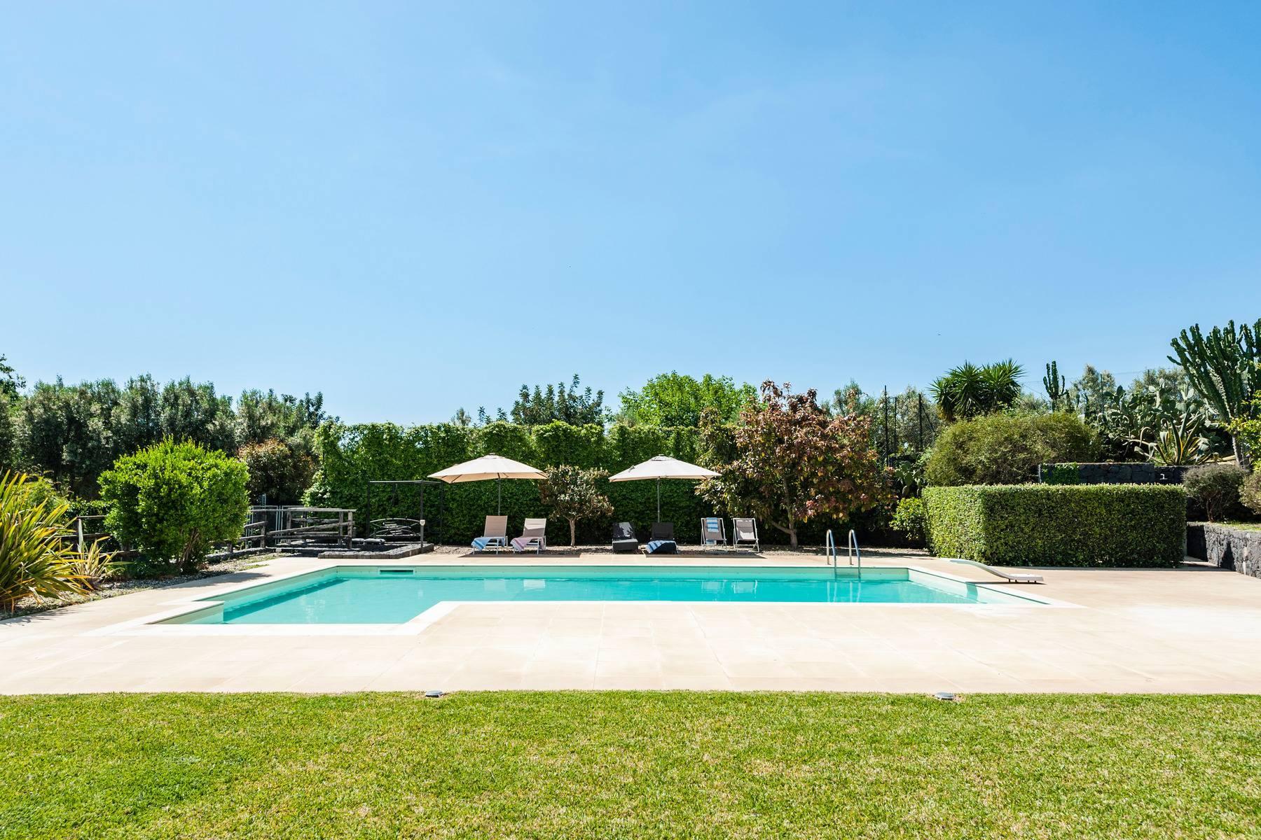 Villa esclusiva con piscina con vista ad Acireale - 1