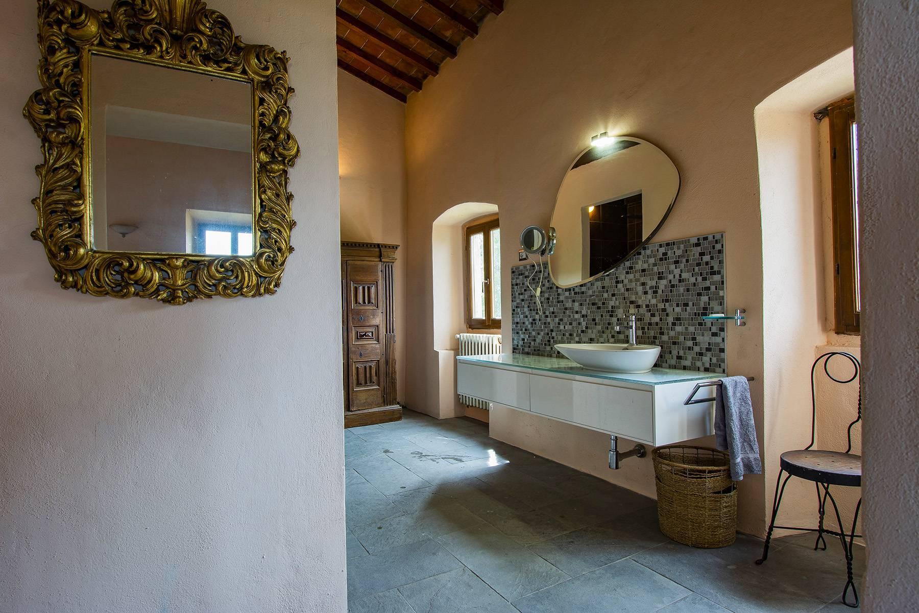 Panorama-Renaissance-Villa mit Garten im italienischen Stil - 14