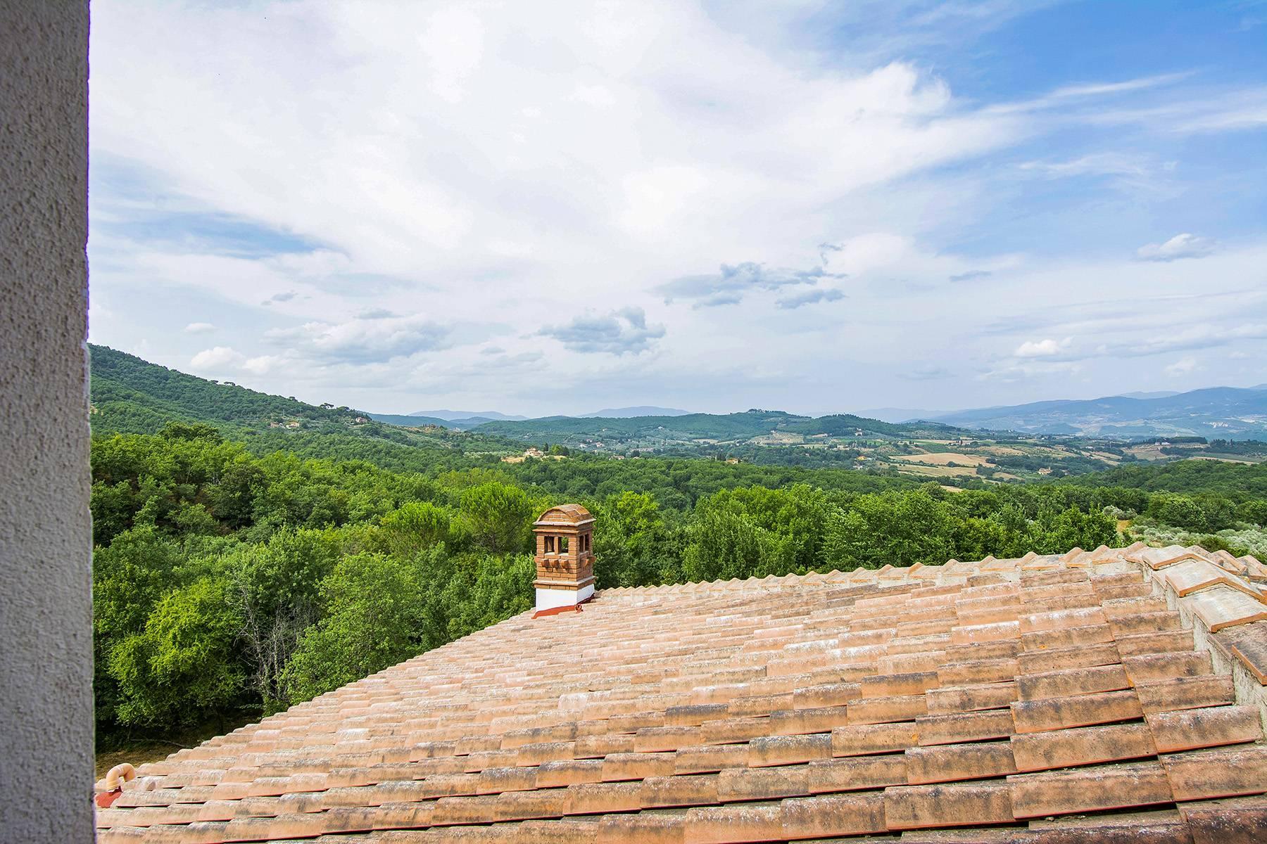 Panorama-Renaissance-Villa mit Garten im italienischen Stil - 31