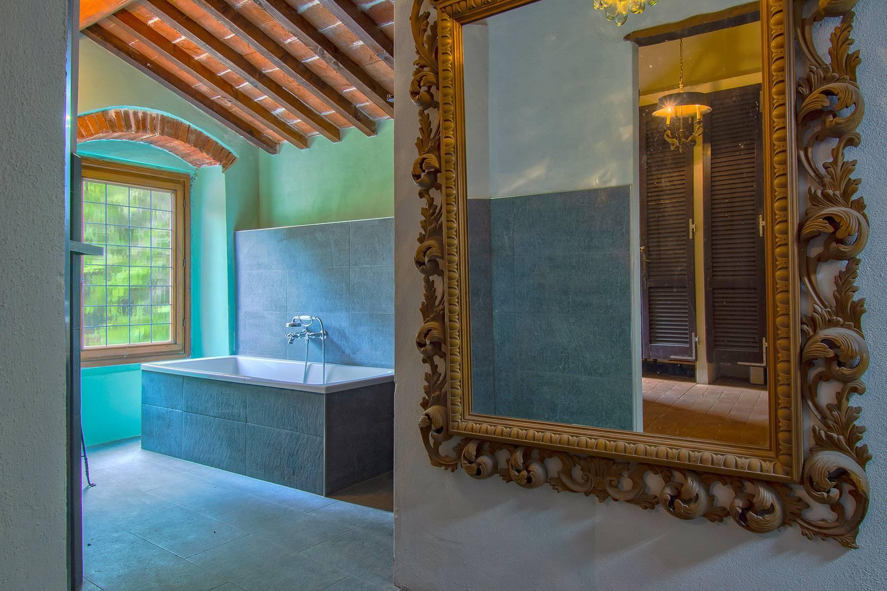 Panorama-Renaissance-Villa mit Garten im italienischen Stil - 21