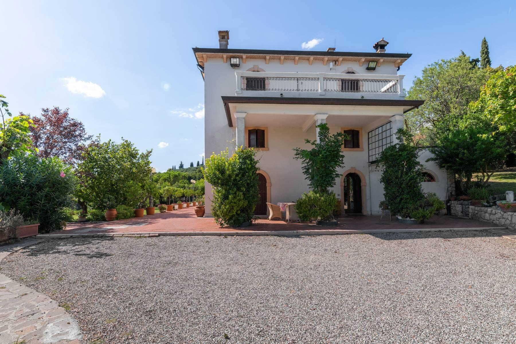 Historic country villa with swimming pool, tennis court and estate on the hills of Verona - 6