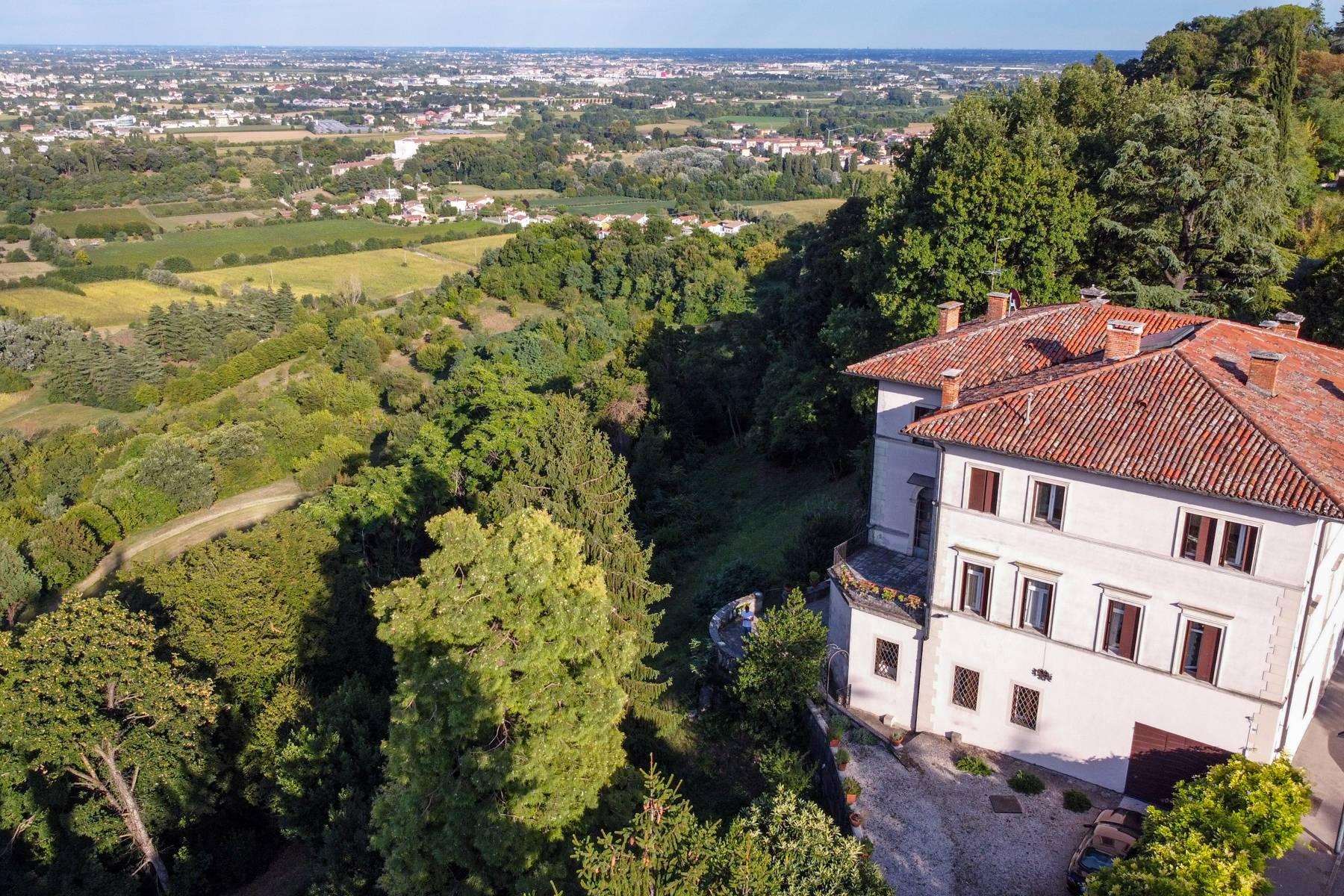 Elegante villa storica con parco privato sulla sommità del Monte Berico - 6