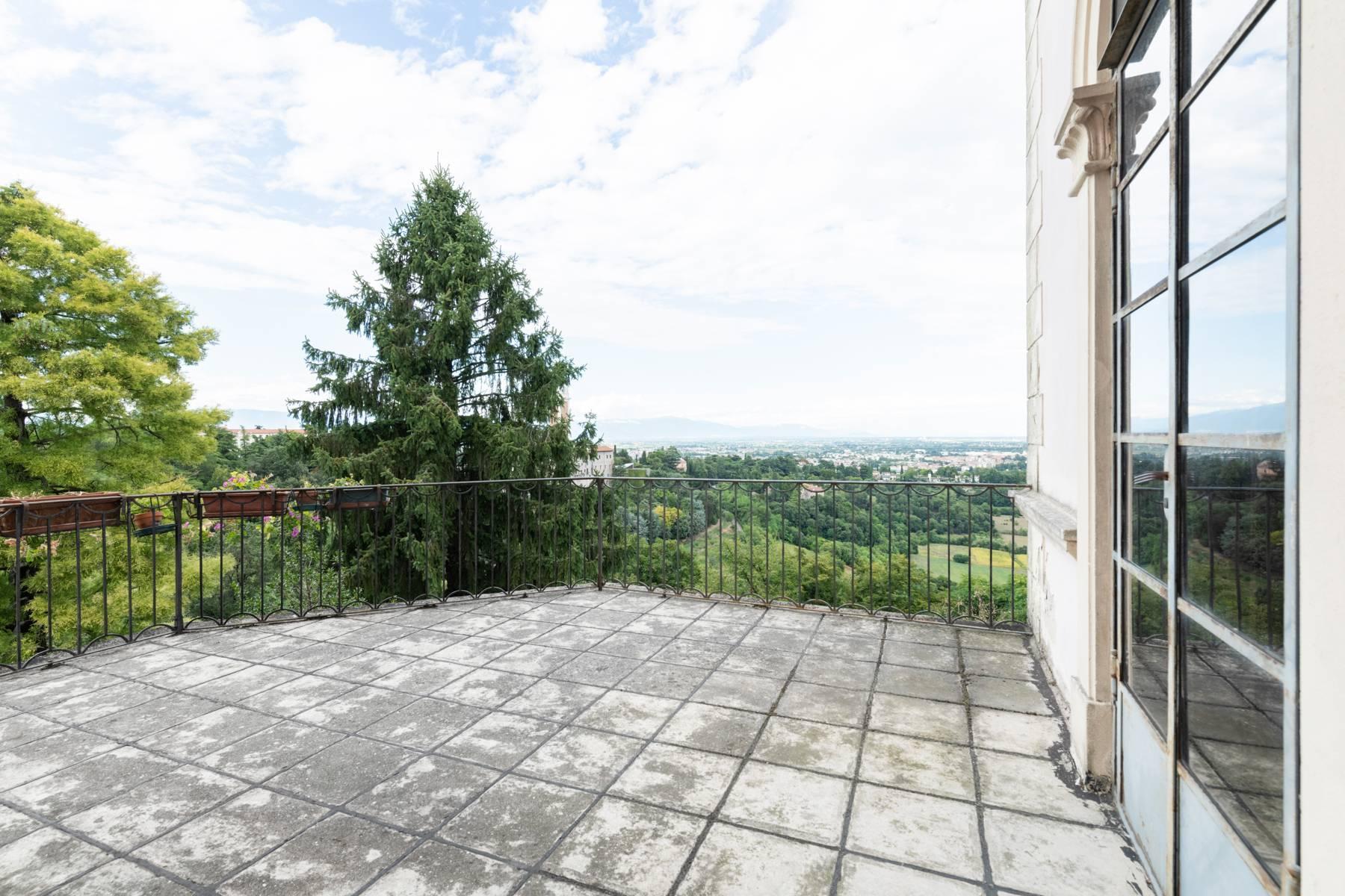 Elegante villa storica con parco privato sulla sommità del Monte Berico - 20