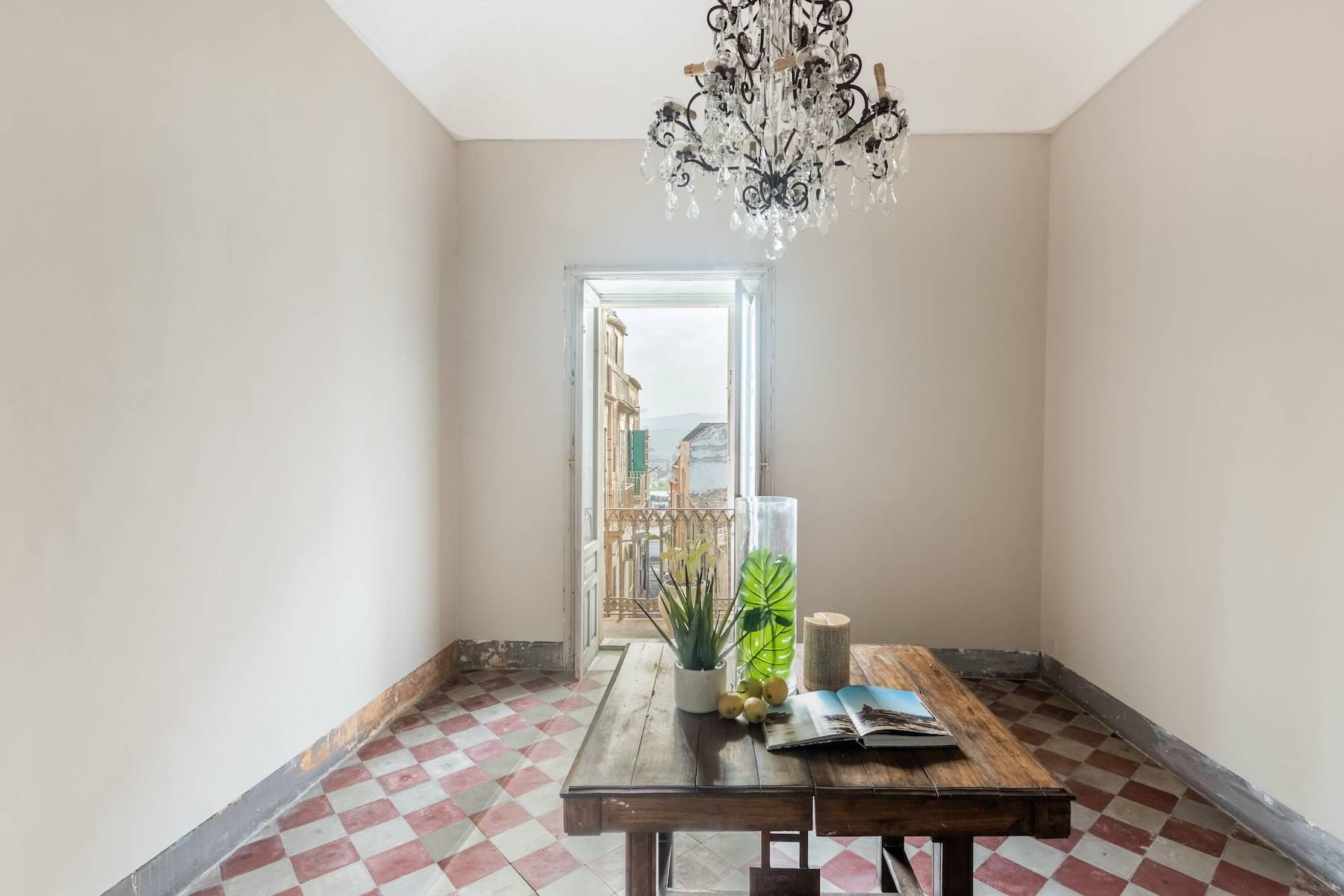 Elegante Wohnung mit Terrasse im historischen Zentrum von Noto - 11