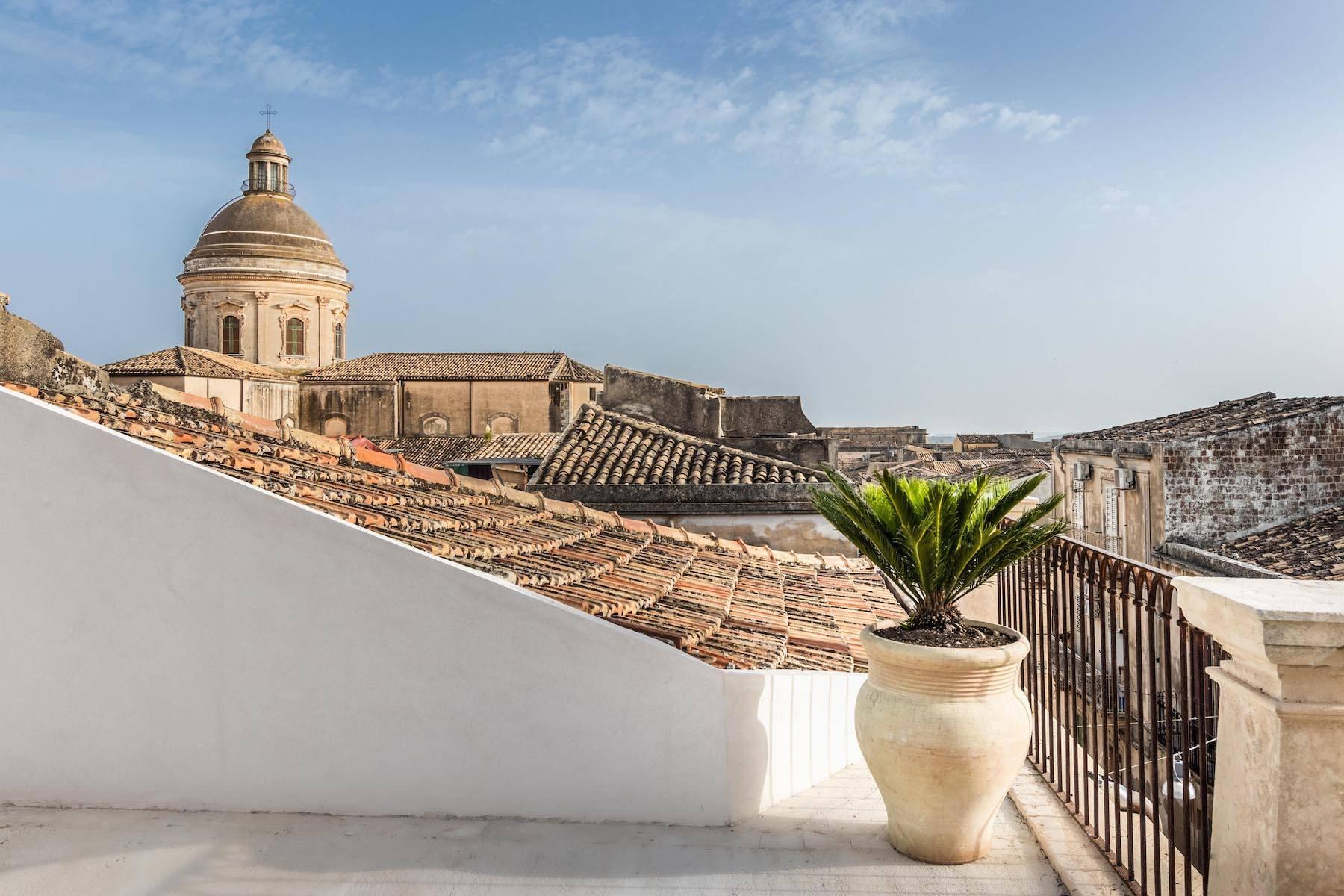 Elegante Wohnung mit Terrasse im historischen Zentrum von Noto - 10