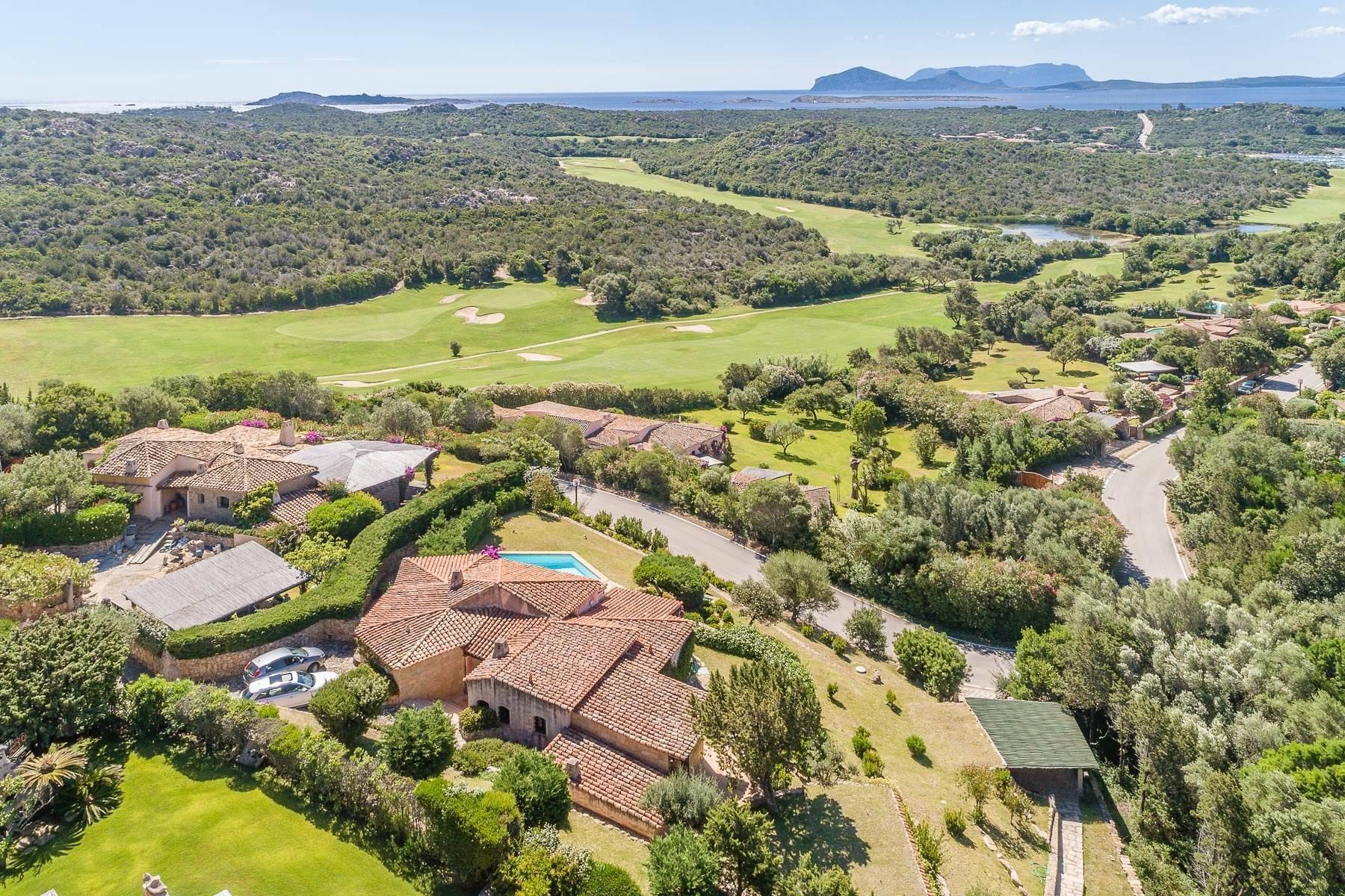 Panoramica villa indipendente con vista mare nella collina del Pevero Golf - 5