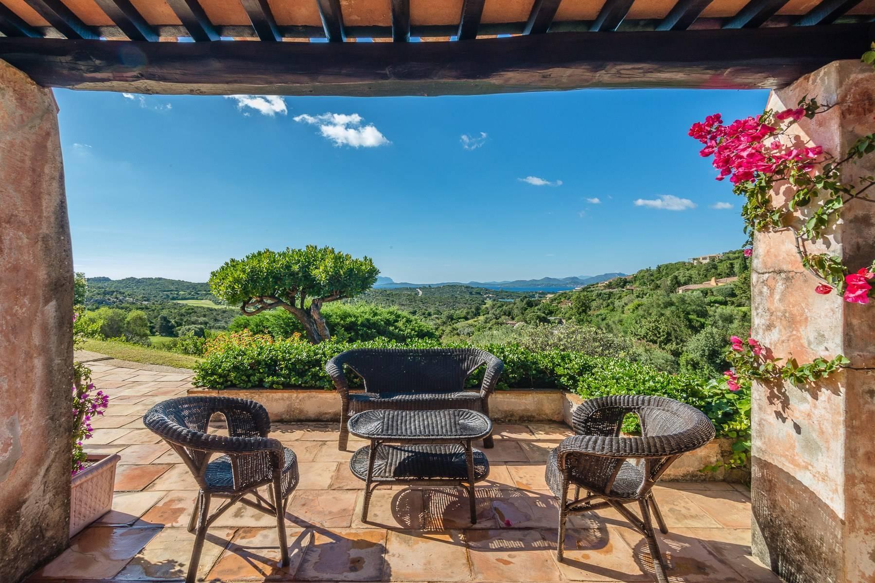 Panoramica villa indipendente con vista mare nella collina del Pevero Golf - 11