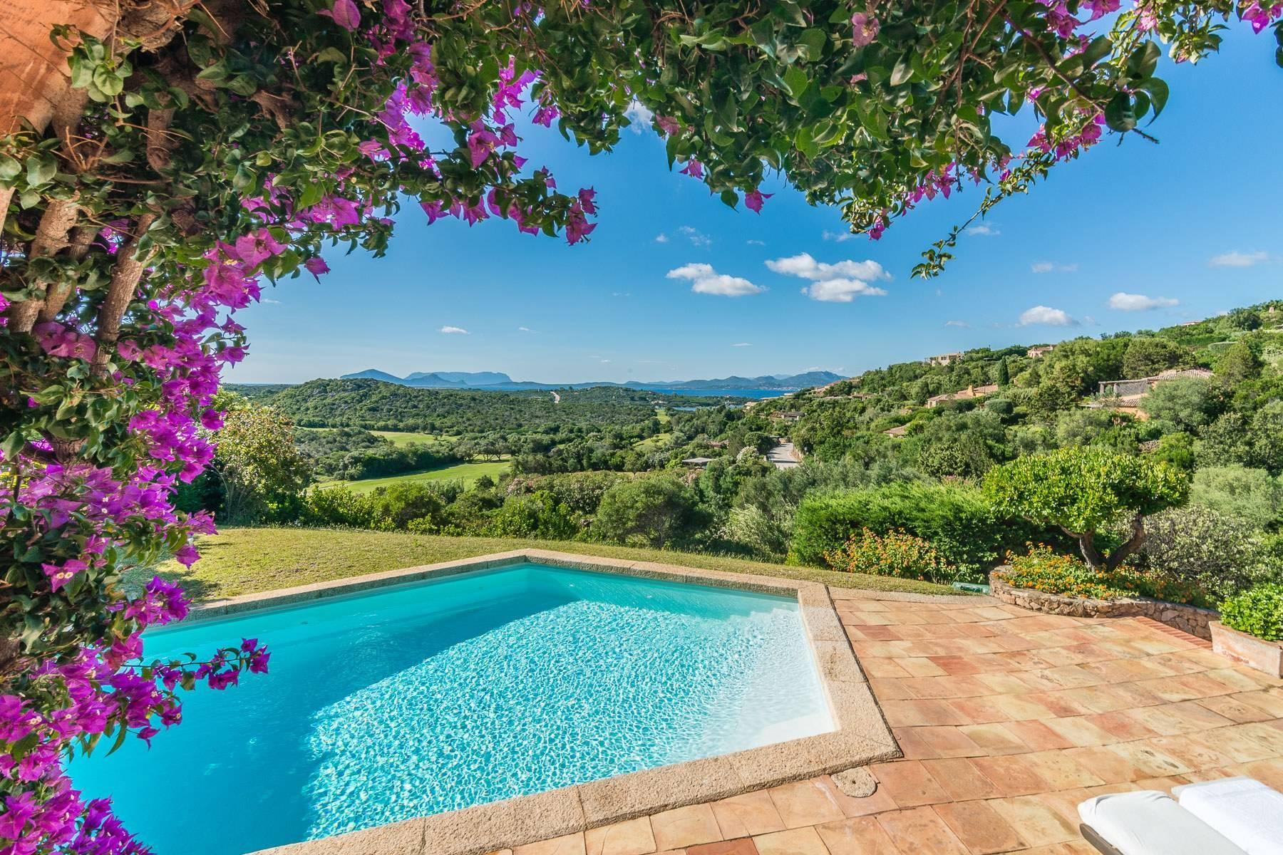 Panoramica villa indipendente con vista mare nella collina del Pevero Golf - 23