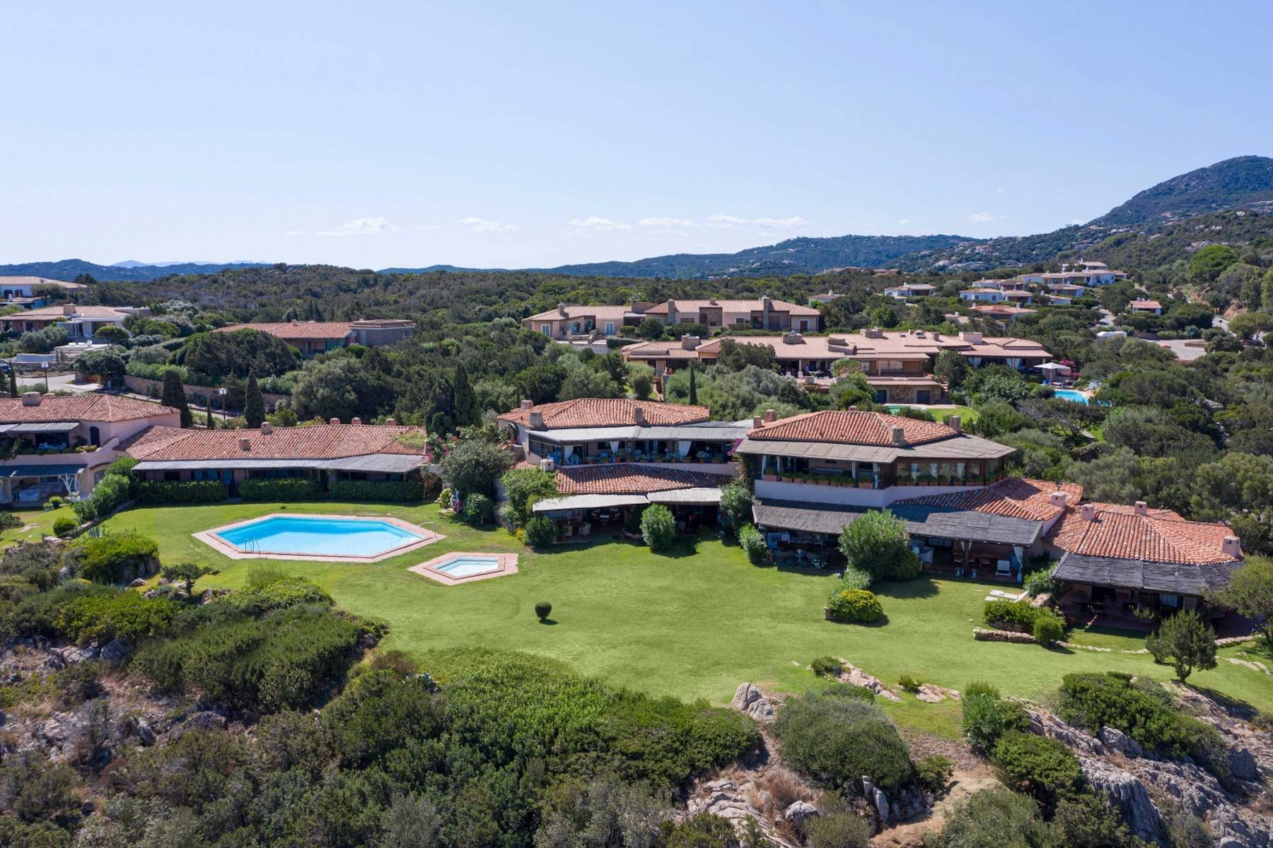 Elegant and cozy apartment overlooking the sea and the marina of Porto Cervo - 13