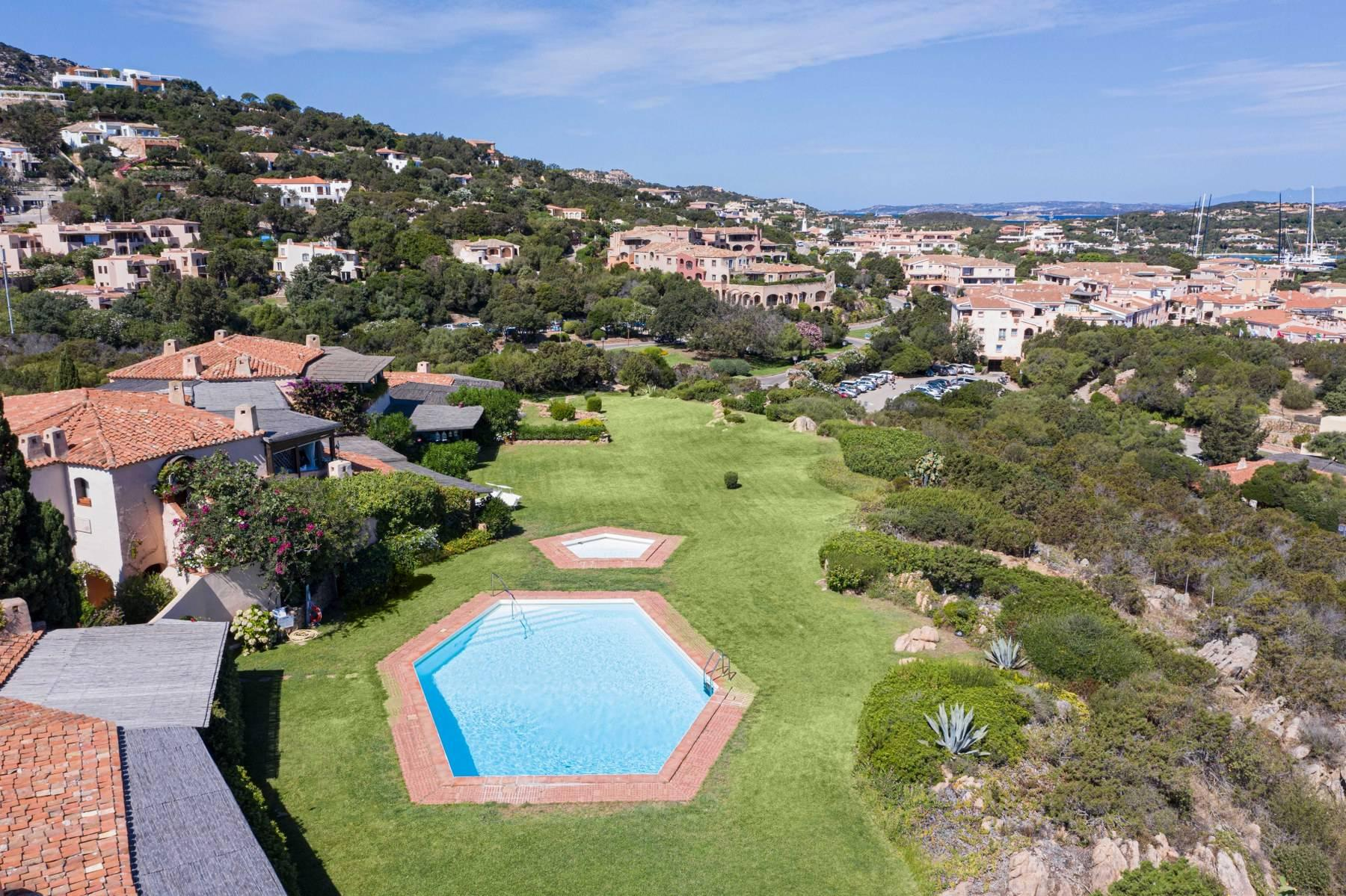 Elegant and cozy apartment overlooking the sea and the marina of Porto Cervo - 12