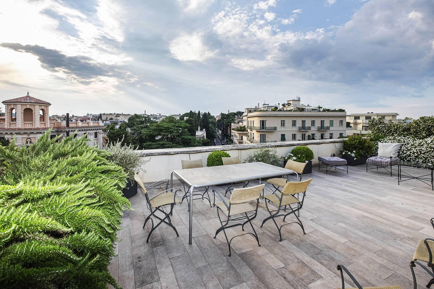 Moderno attico con splendida terrazza di 70 mq  a due passi da Villa Borghese - 1