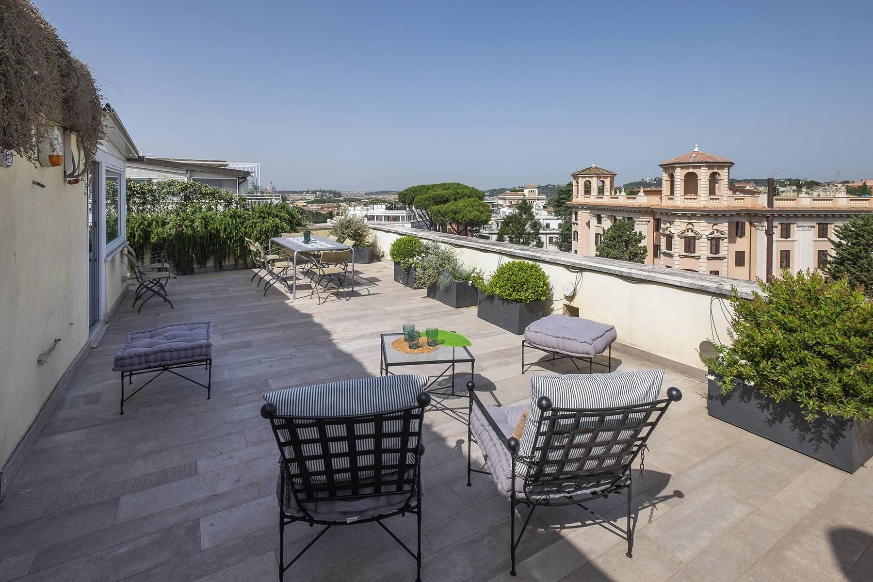 Moderno attico con splendida terrazza di 70 mq  a due passi da Villa Borghese - 35