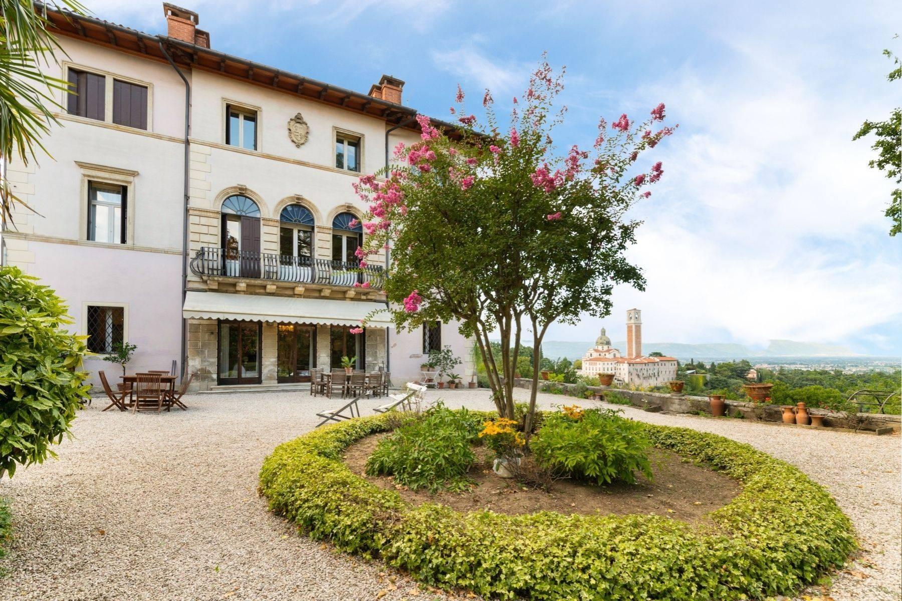Elegante historische Villa mit privatem Park auf dem Monte Berico - 2